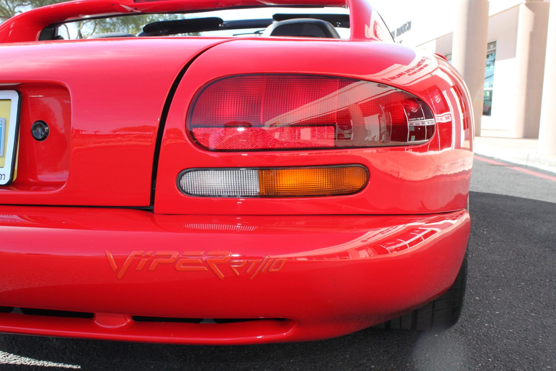 Used-1993-Dodge-Viper-Sports-Car-Dodge