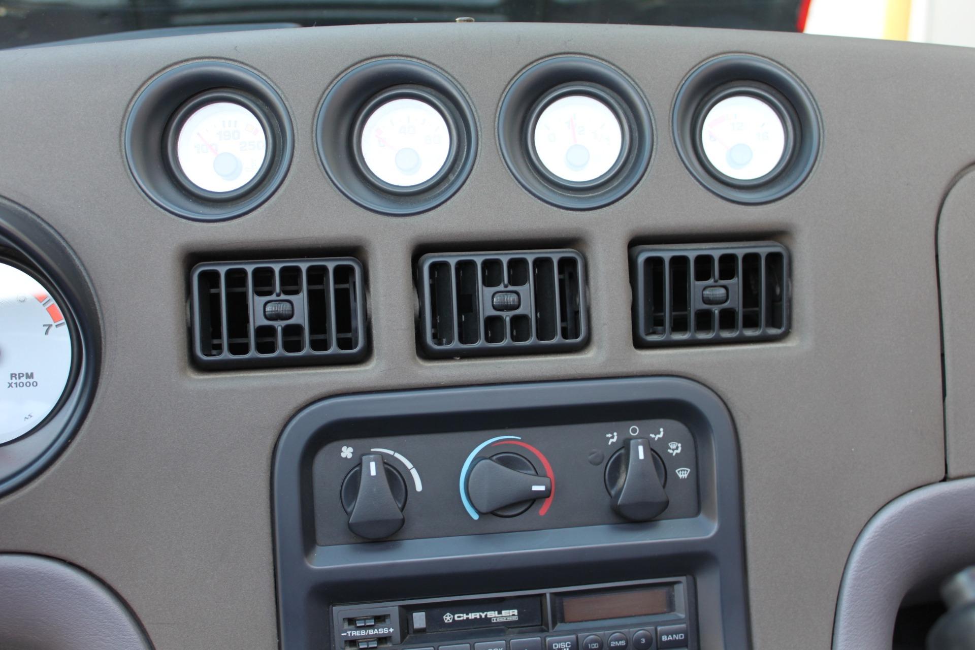 Used-1993-Dodge-Viper-Sports-Car-Jeep