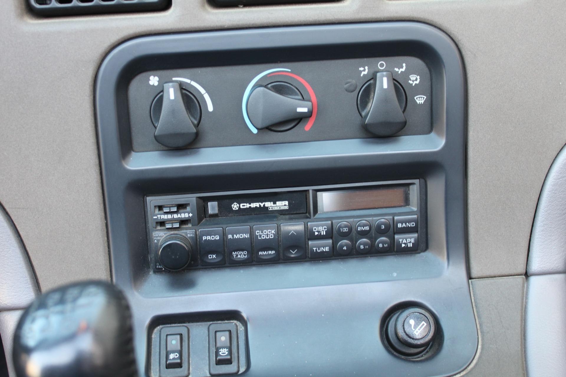 Used-1993-Dodge-Viper-Sports-Car-Wagoneer