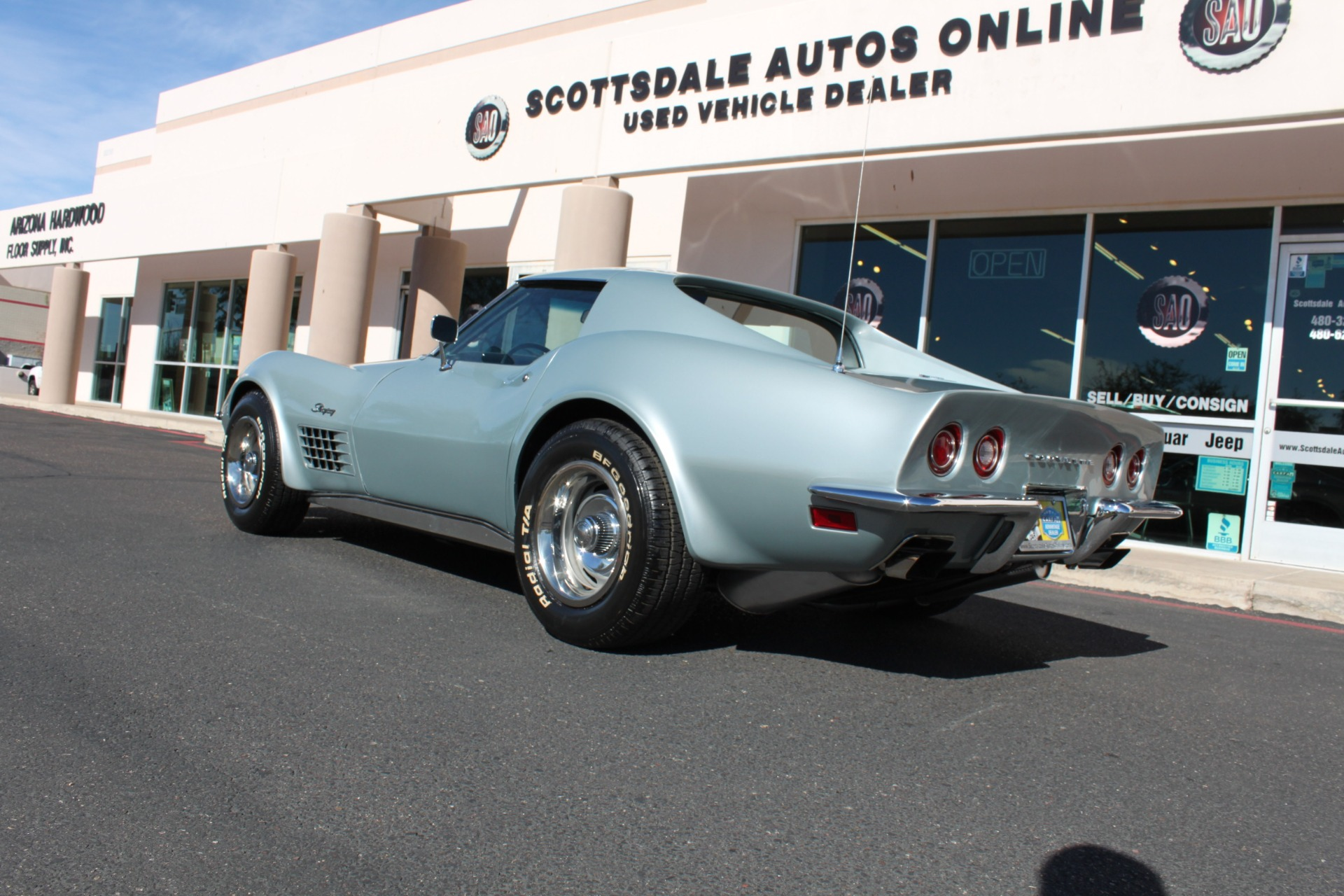 Used-1971-Chevrolet-Corvette-454-LS5-Big-Block-Lamborghini