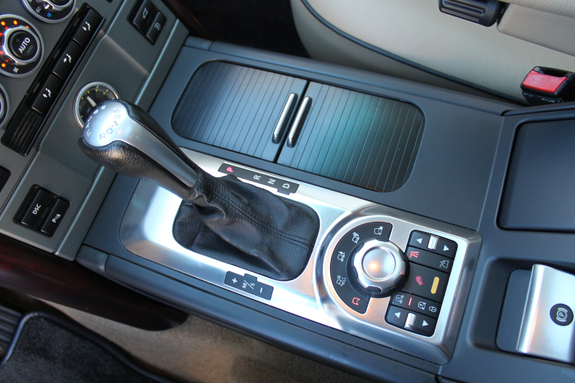 Used-2007-Land-Rover-Range-Rover-HSE-vintage