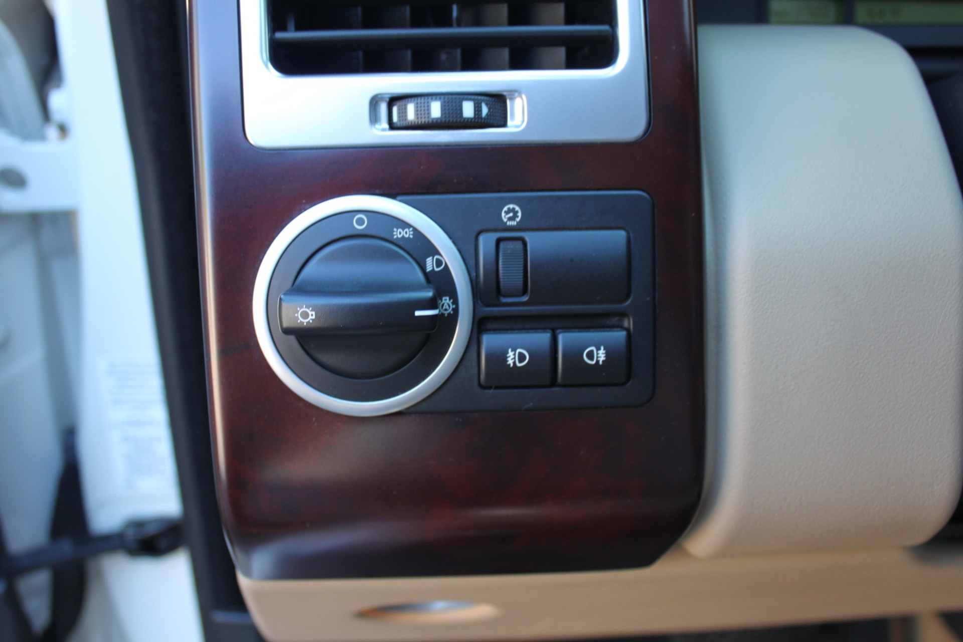 Used-2007-Land-Rover-Range-Rover-HSE-BMW
