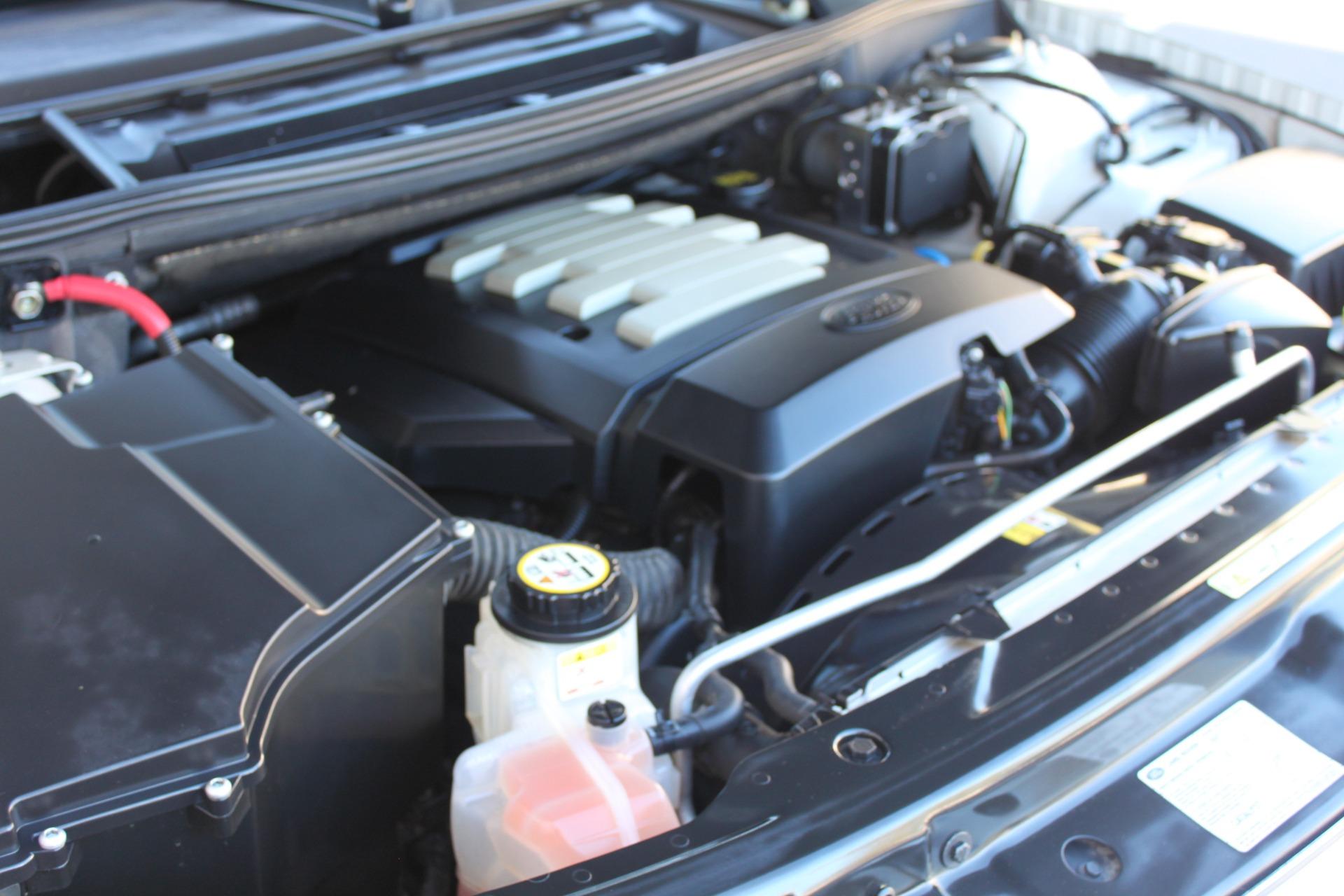 Used-2007-Land-Rover-Range-Rover-HSE-Land-Cruiser