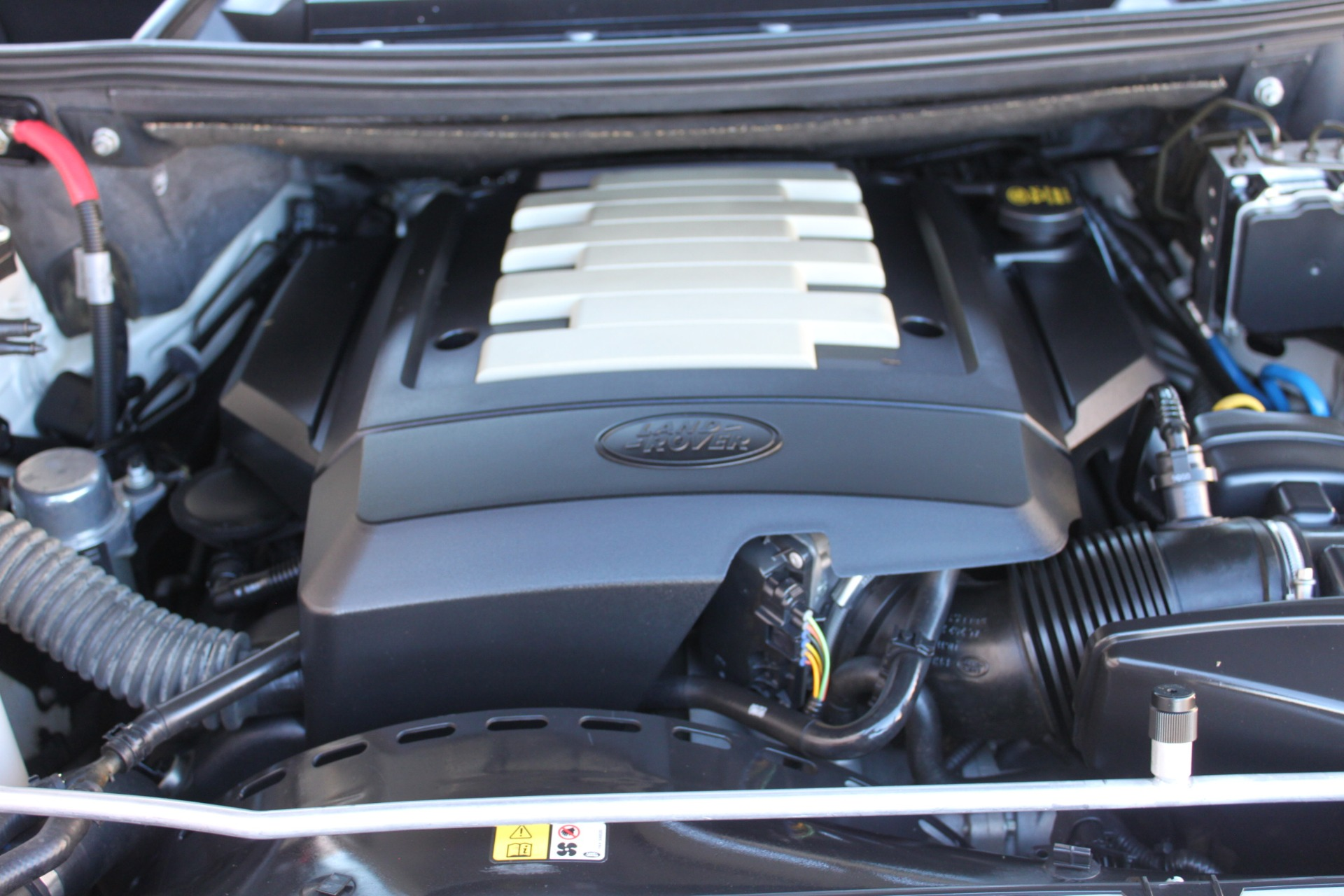 Used-2007-Land-Rover-Range-Rover-HSE-Mini
