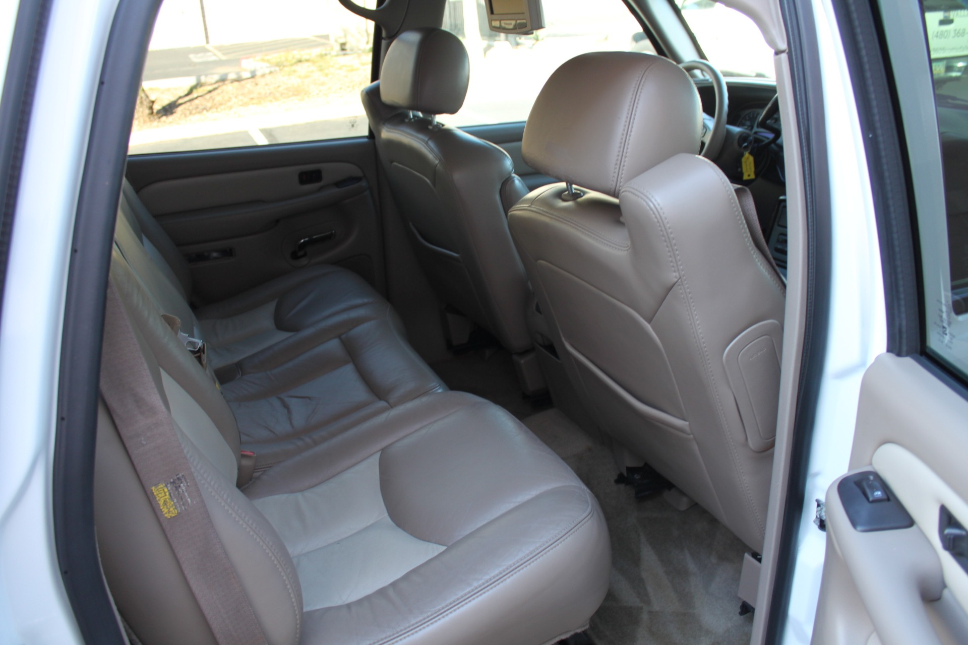 Used-2006-GMC-Yukon-Denali-AWD-Lexus