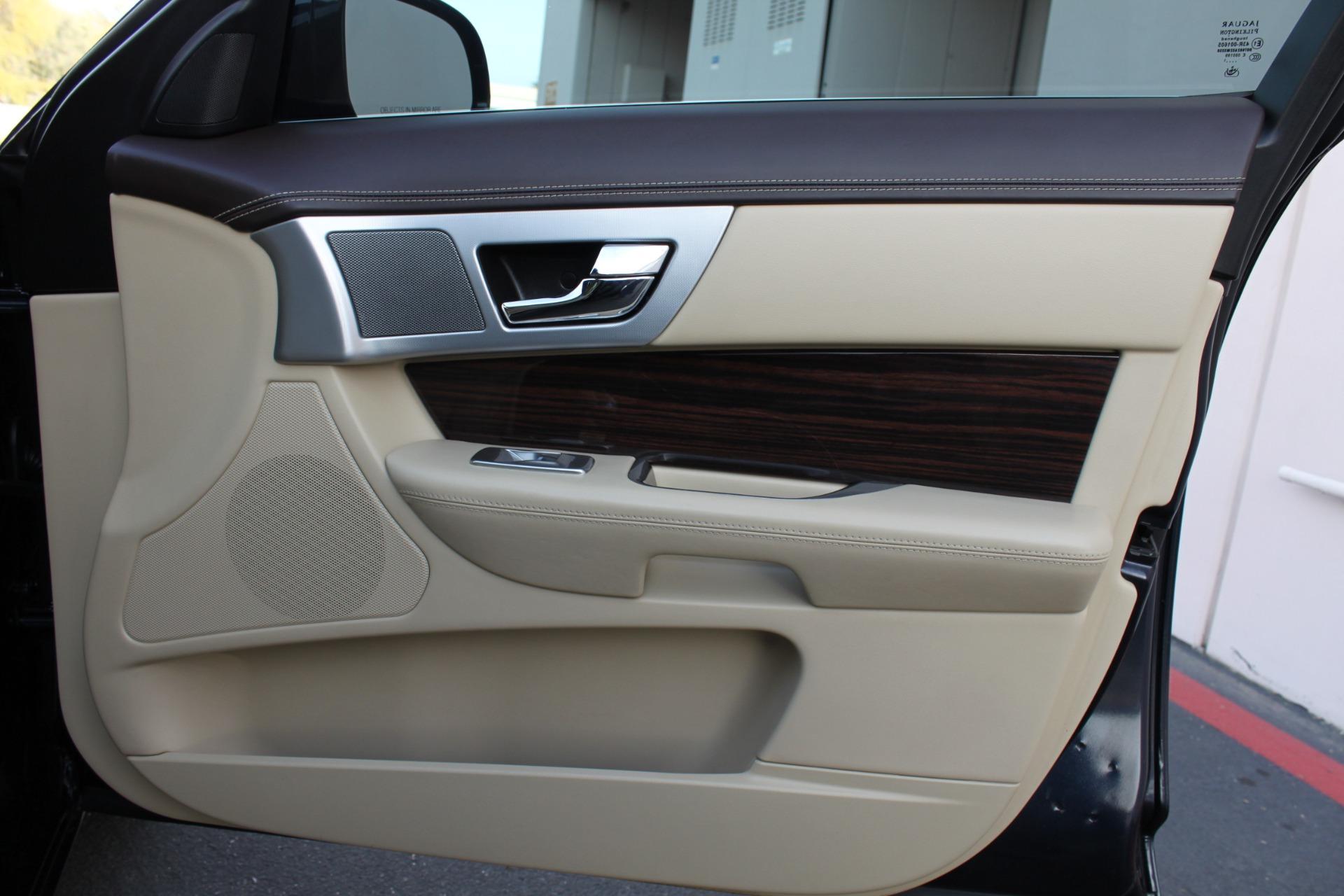 Used-2012-Jaguar-XF-Portfolio-vintage