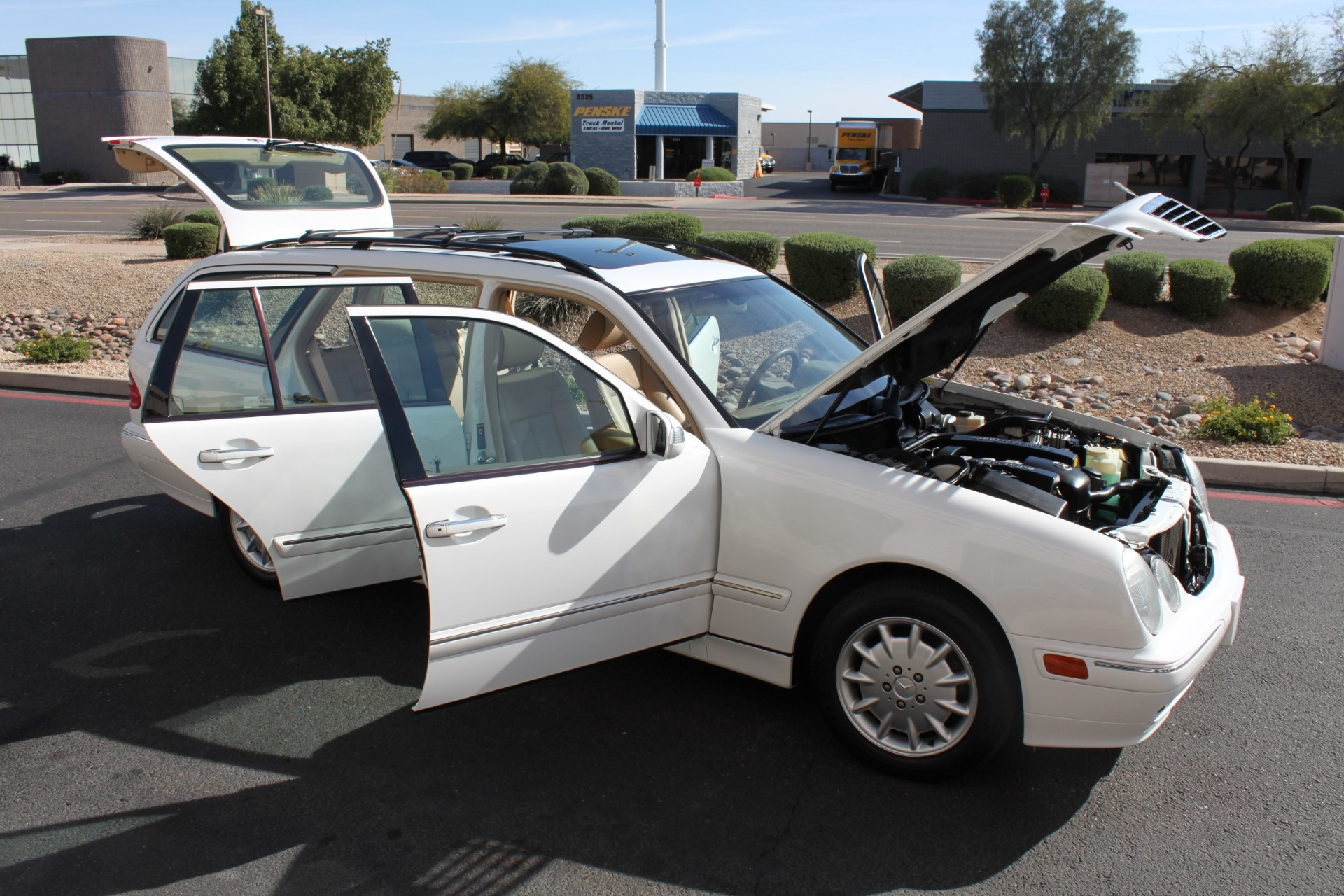 Used-2000-Mercedes-Benz-E-Class-Ford
