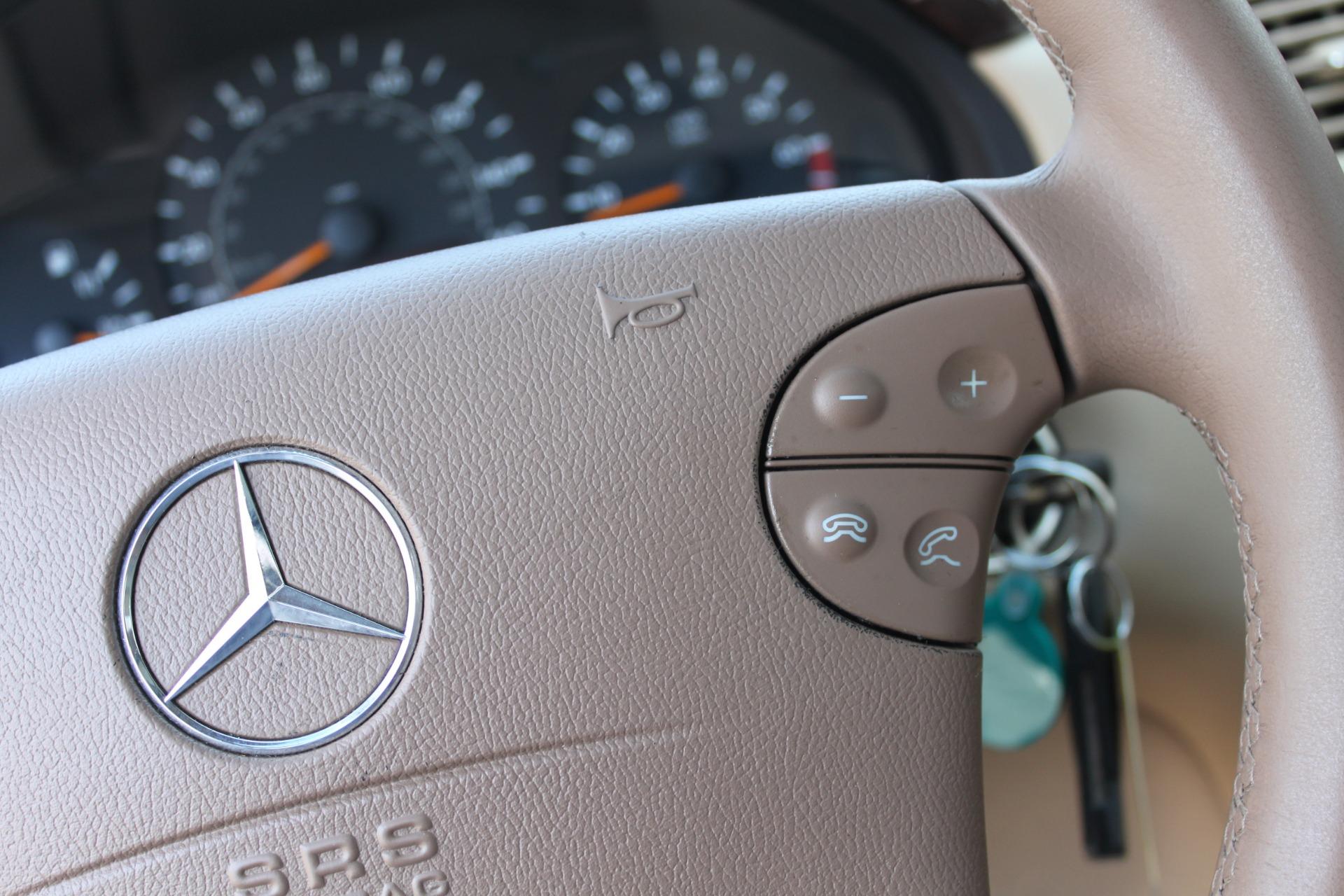 Used-2000-Mercedes-Benz-E-Class-E-320-Wagoneer