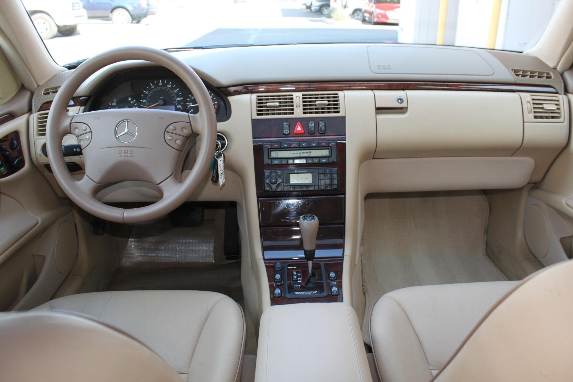 Used-2000-Mercedes-Benz-E-Class-E-320-vintage