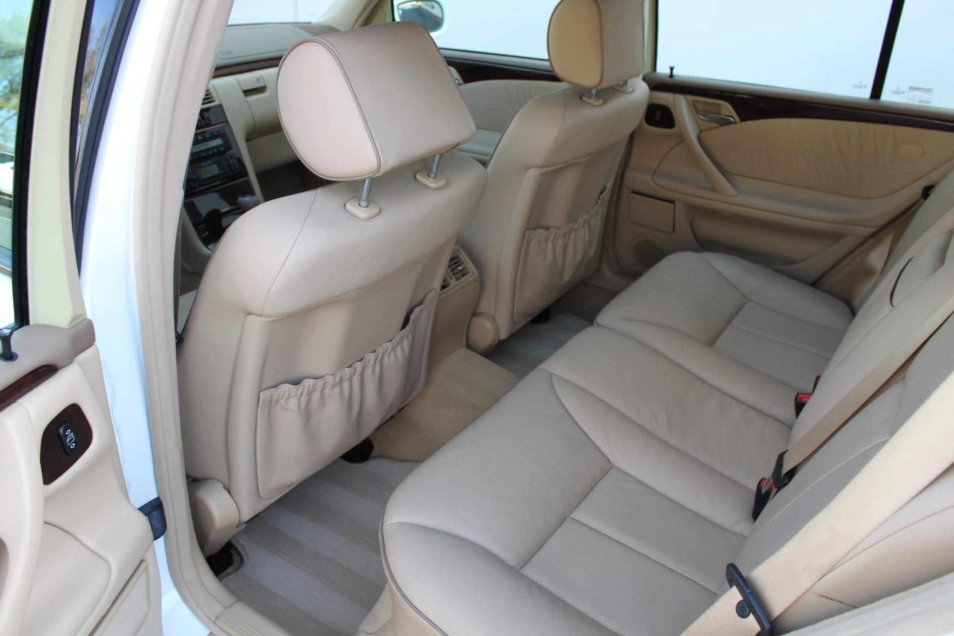 Used-2000-Mercedes-Benz-E-Class-E-320-Chrysler