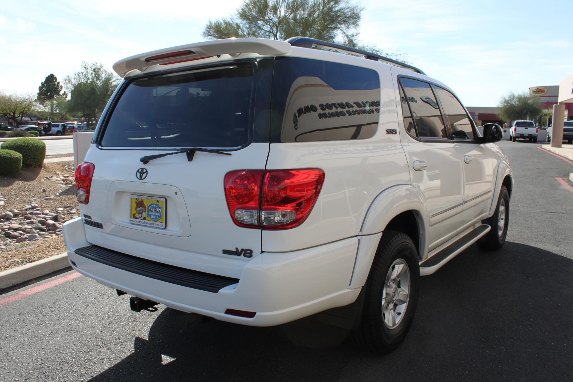 Used-2005-Toyota-Sequoia-SR5-Classic