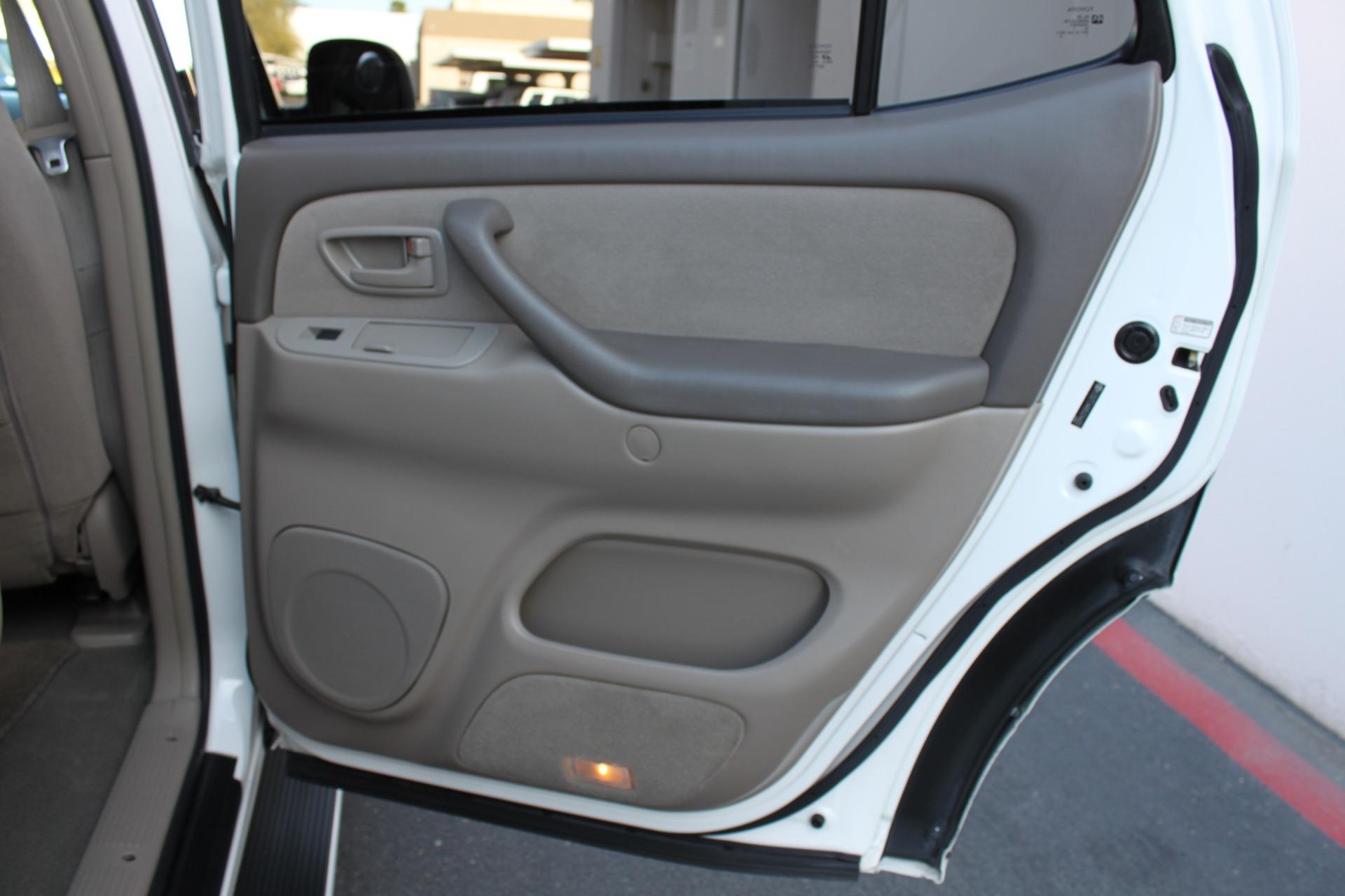 Used-2005-Toyota-Sequoia-SR5-Acura