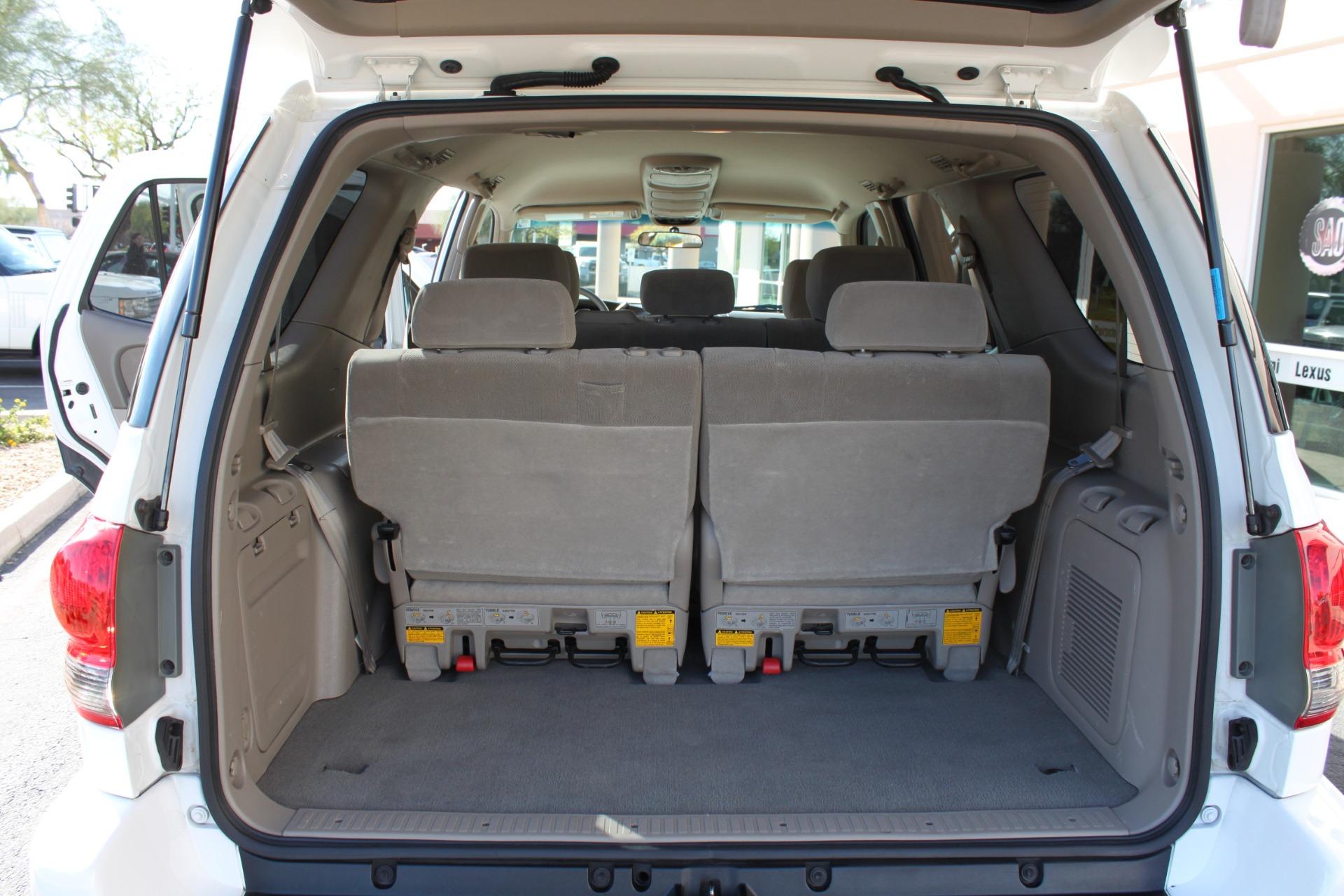 Used-2005-Toyota-Sequoia-SR5-Fiat