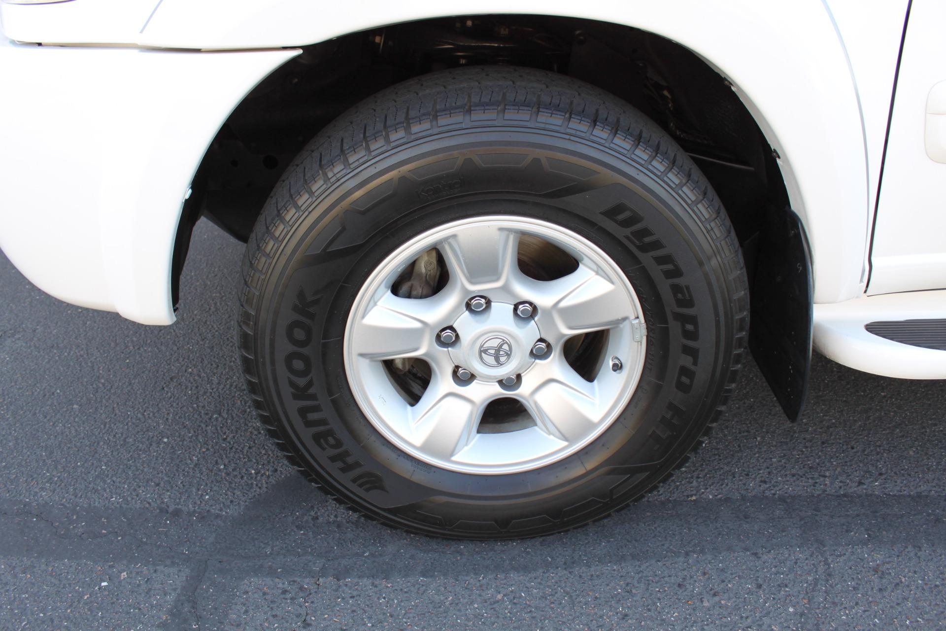 Used-2005-Toyota-Sequoia-SR5-Land-Cruiser