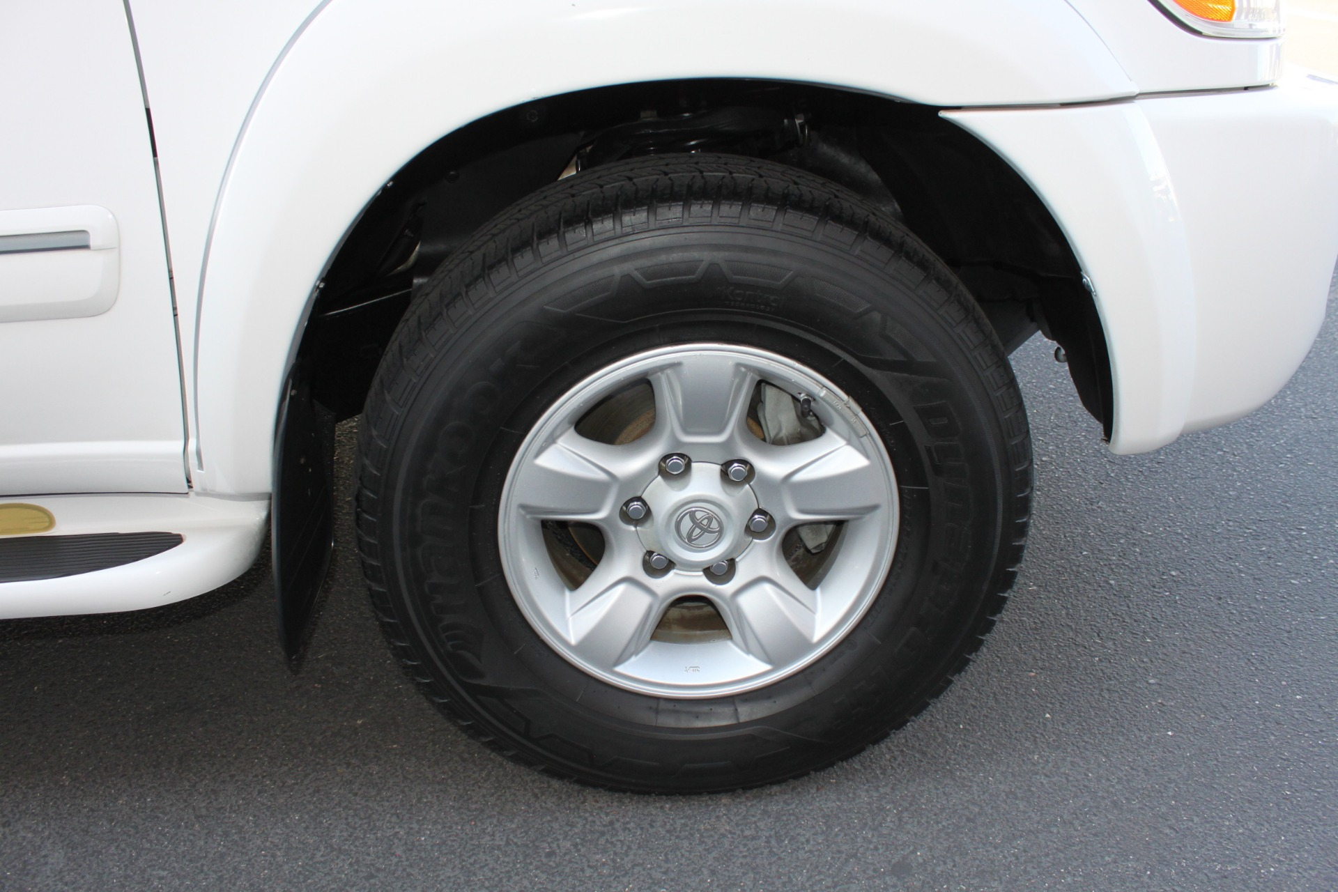 Used-2005-Toyota-Sequoia-SR5-Ford