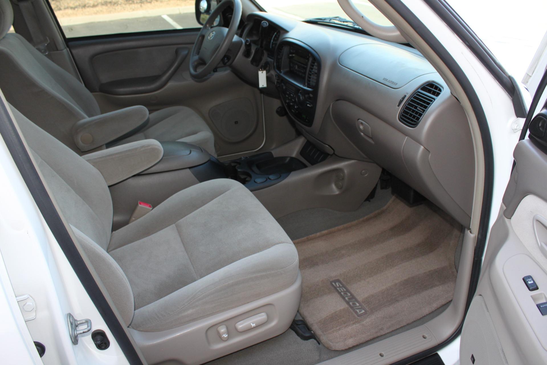 Used-2005-Toyota-Sequoia-SR5-BMW