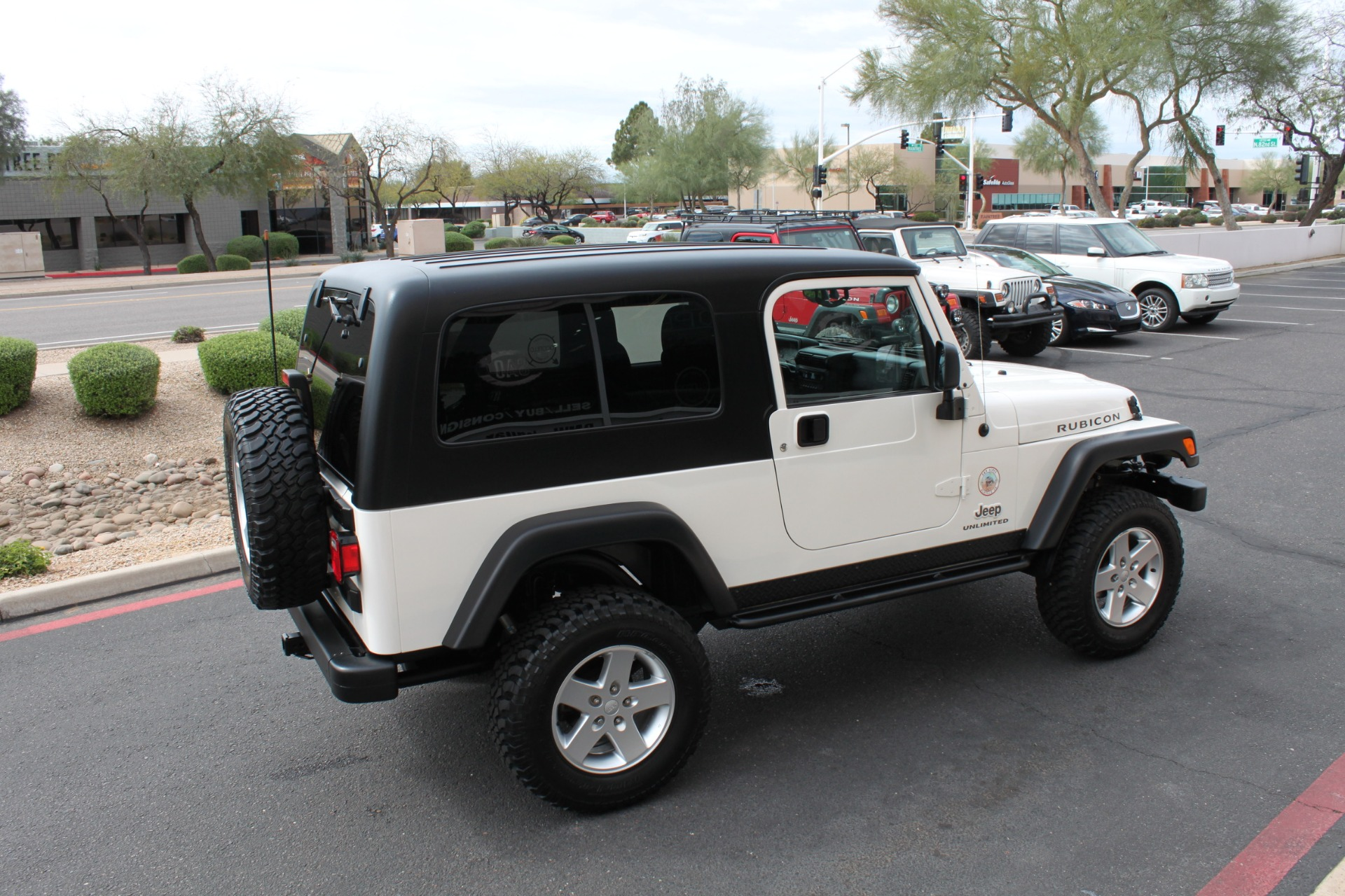 Used-2006-Jeep-Wrangler-Unlimited-Rubicon-LWB-LS400
