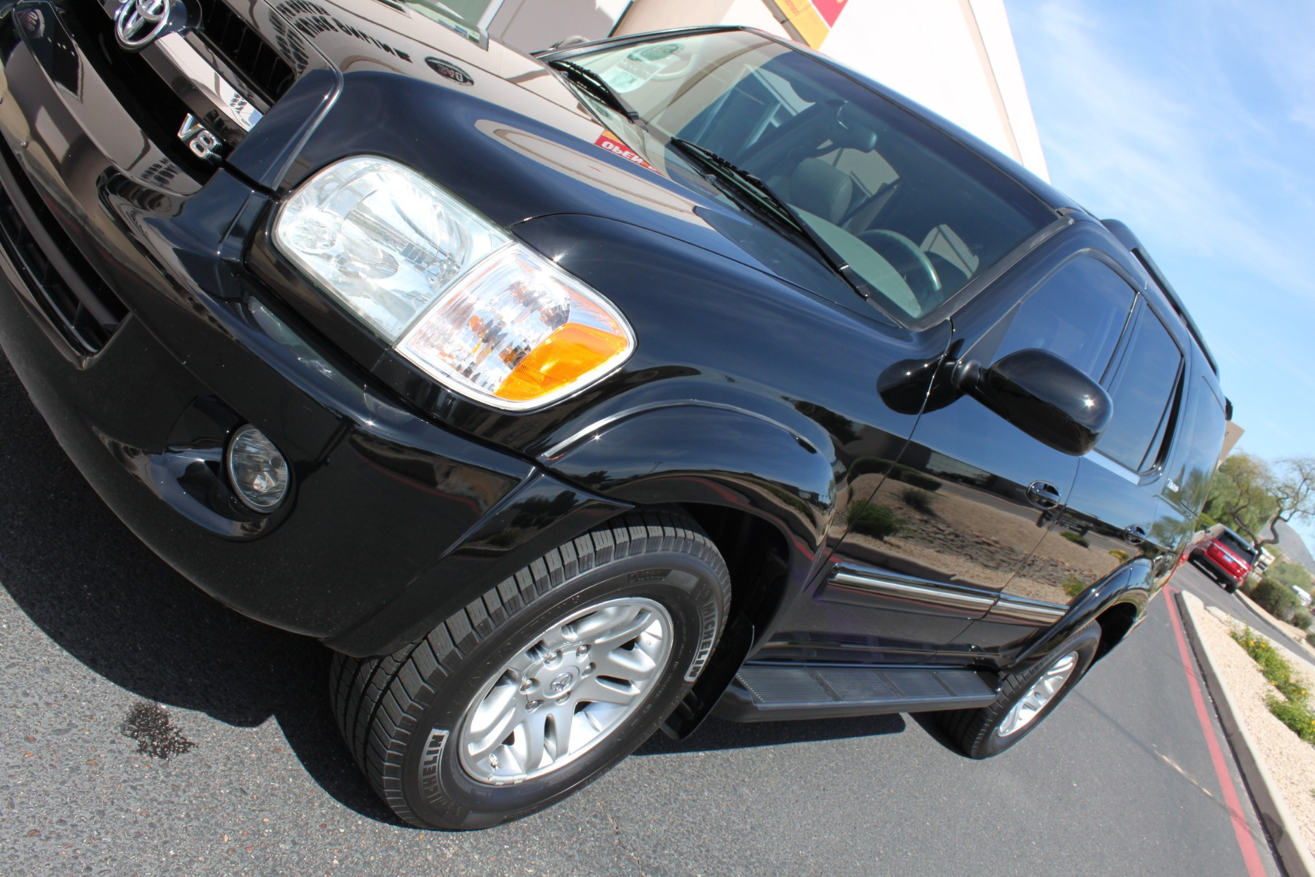 Used-2005-Toyota-Sequoia-Limited-4X4