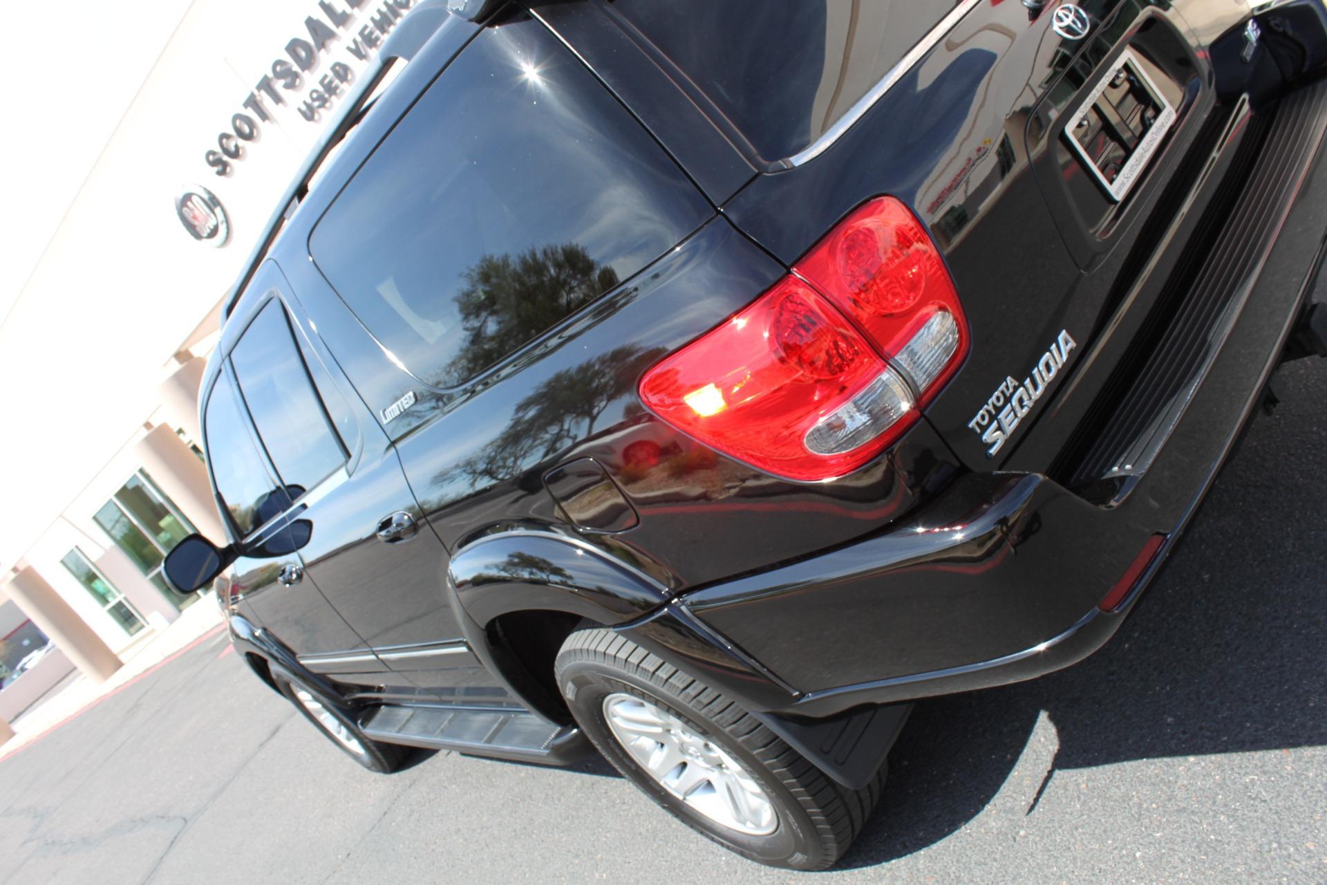 Used-2005-Toyota-Sequoia-Limited-Lexus