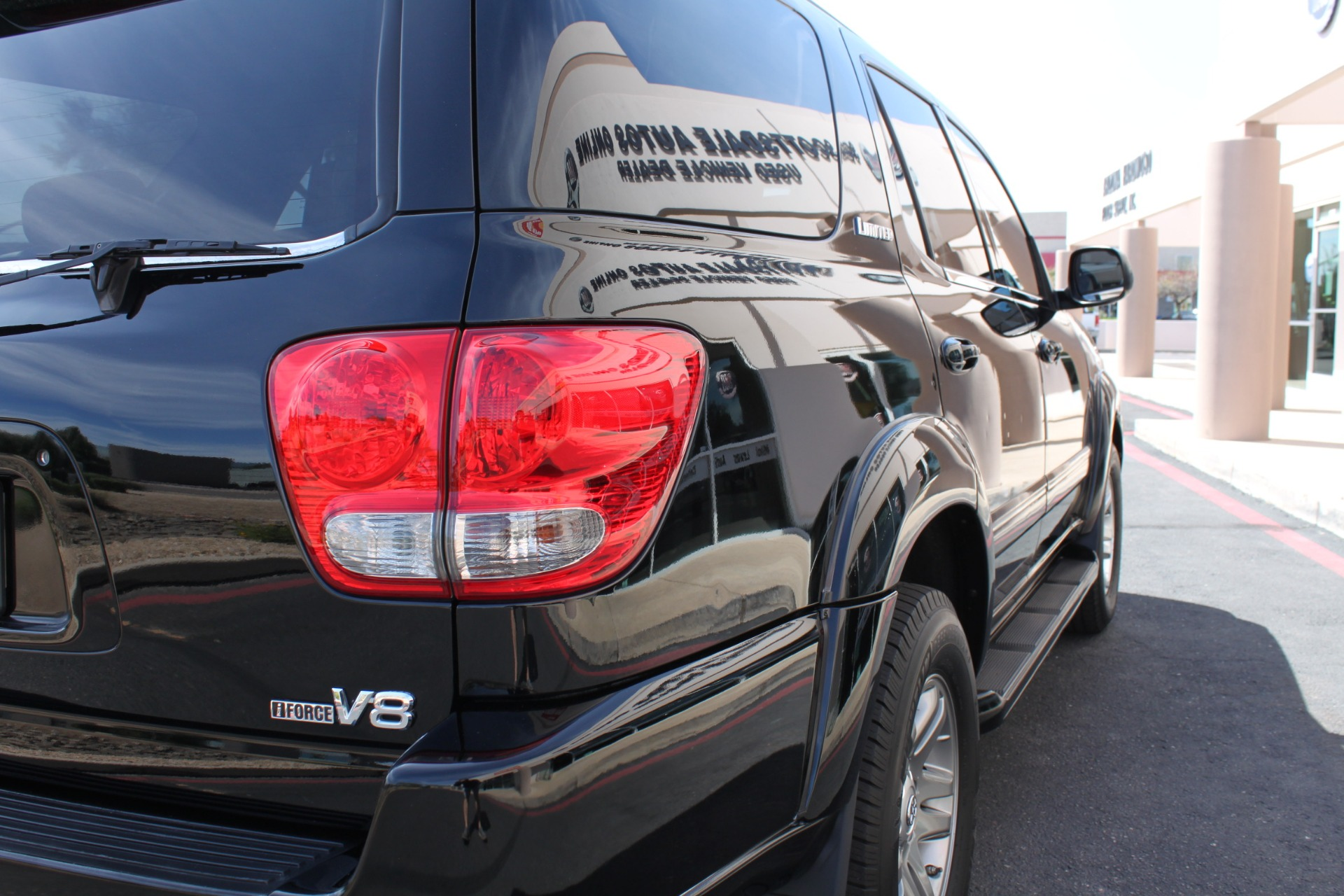Used-2005-Toyota-Sequoia-Limited-Chalenger