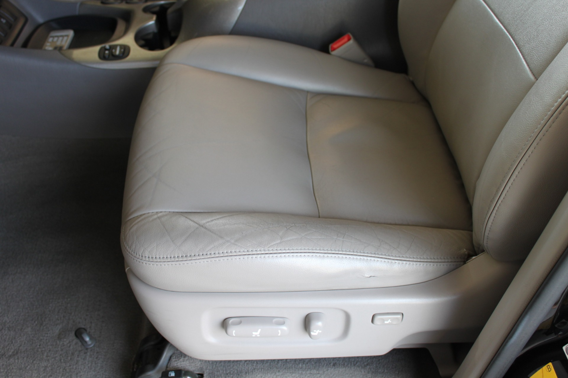 Used-2005-Toyota-Sequoia-Limited-Lincoln