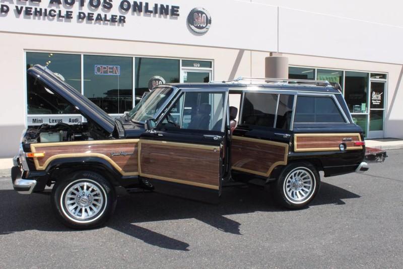Used-1988-Jeep-Grand-Wagoneer-Limited-4X4-Camaro