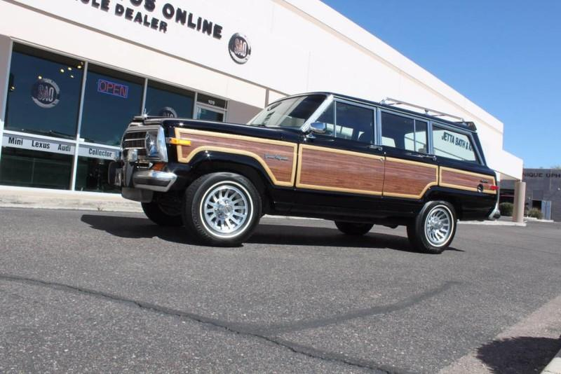 Used-1988-Jeep-Grand-Wagoneer-Limited-4X4