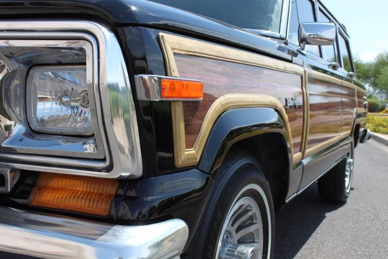 Used-1988-Jeep-Grand-Wagoneer-Limited-4X4-Porsche