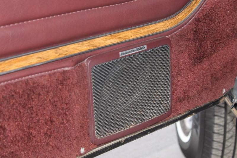 Used-1988-Jeep-Grand-Wagoneer-Limited-4X4-Cherokee