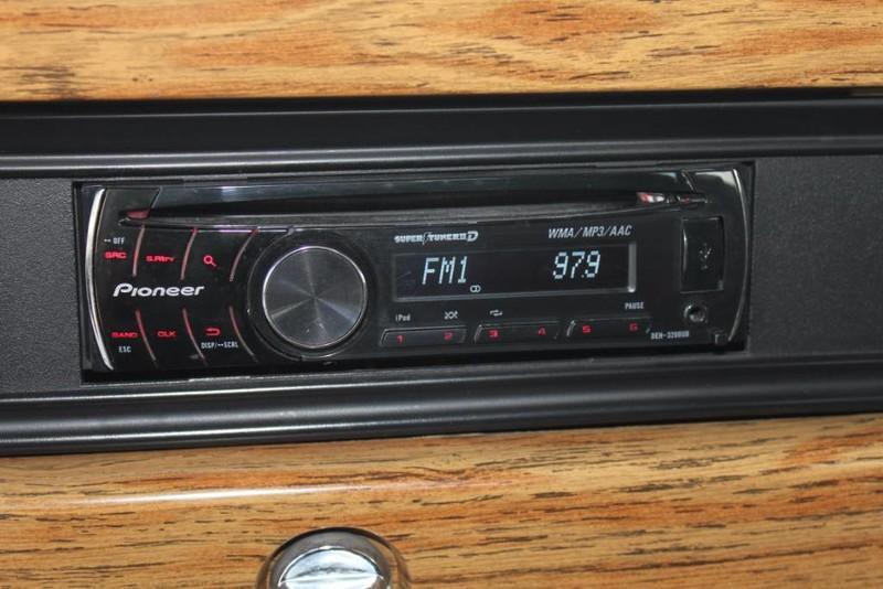 Used-1988-Jeep-Grand-Wagoneer-Limited-4X4-Lexus