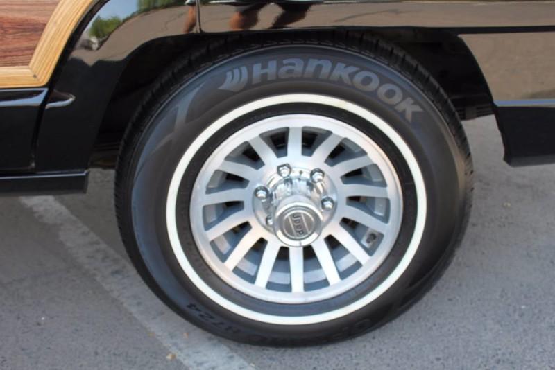 Used-1988-Jeep-Grand-Wagoneer-Limited-4X4-Honda