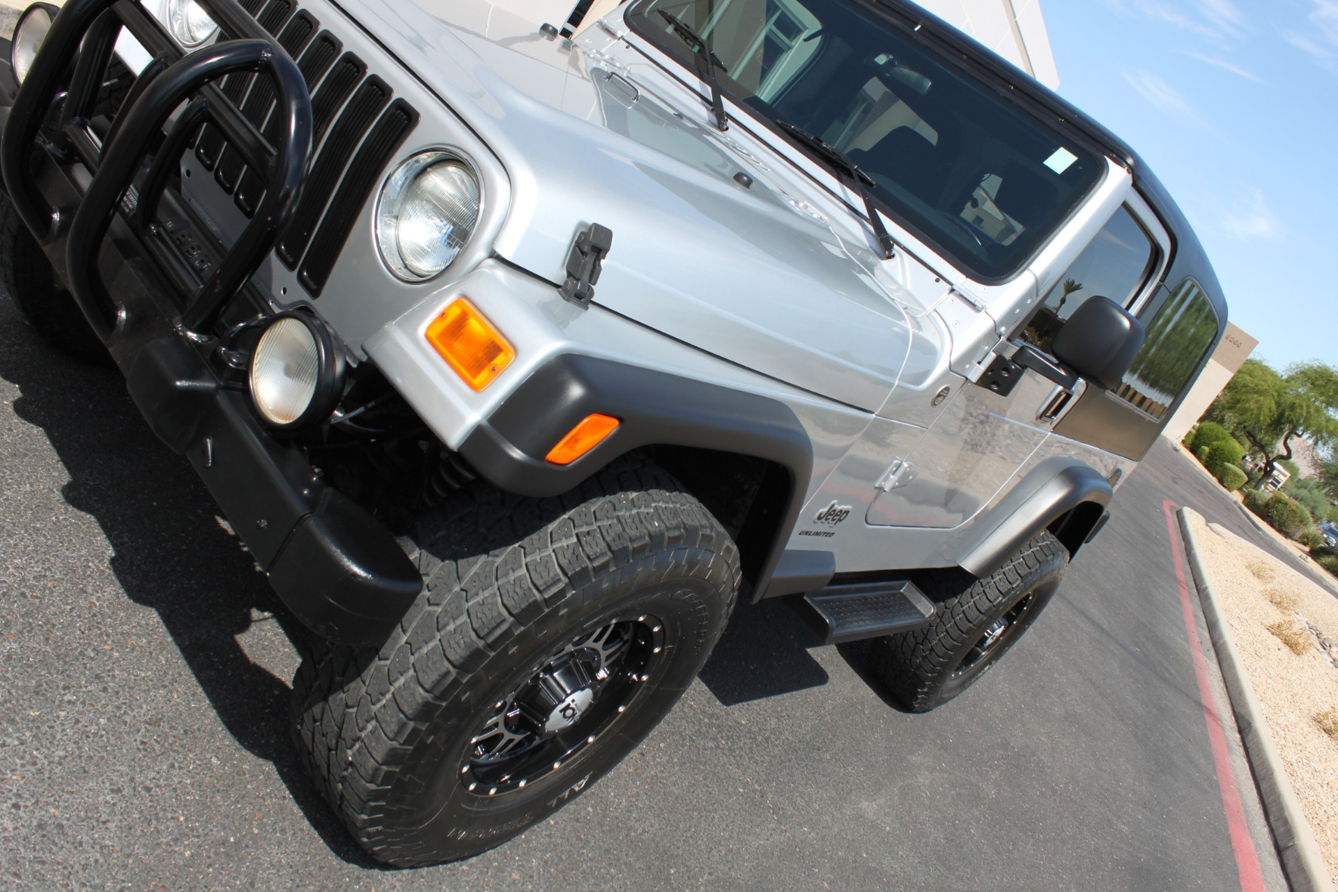 Used-2006-Jeep-Wrangler-Unlimited-LWB-4X4
