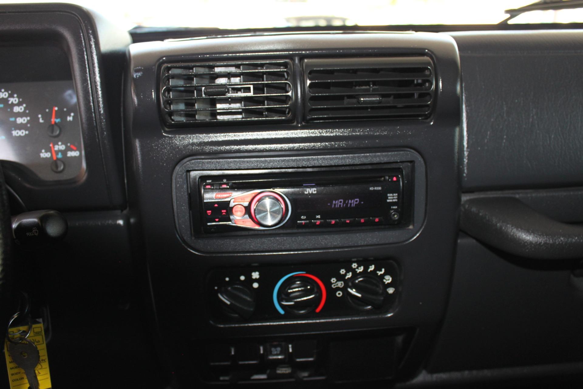 Used-2006-Jeep-Wrangler-Unlimited-LWB-Honda