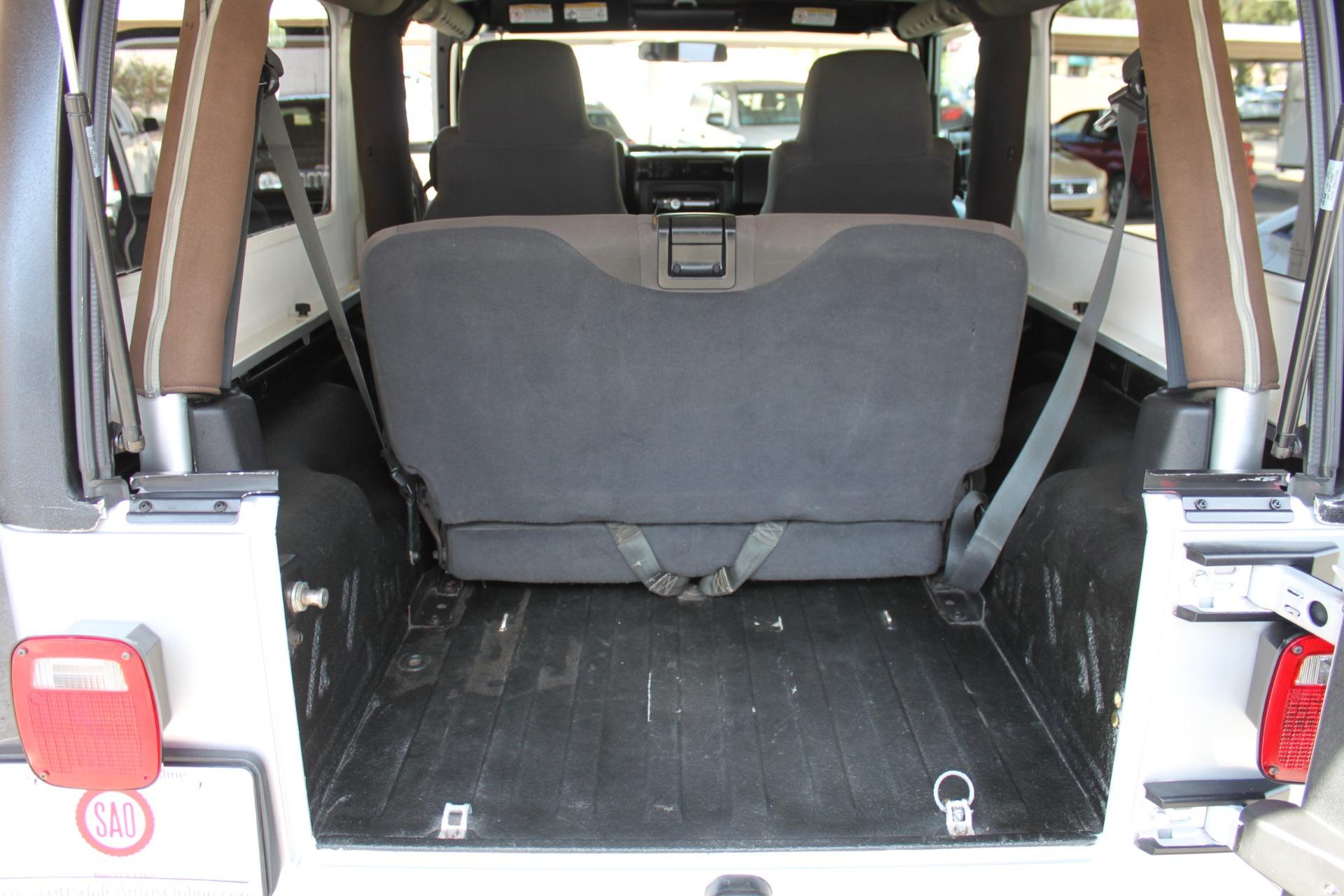 Used-2006-Jeep-Wrangler-Unlimited-LWB-Range-Rover