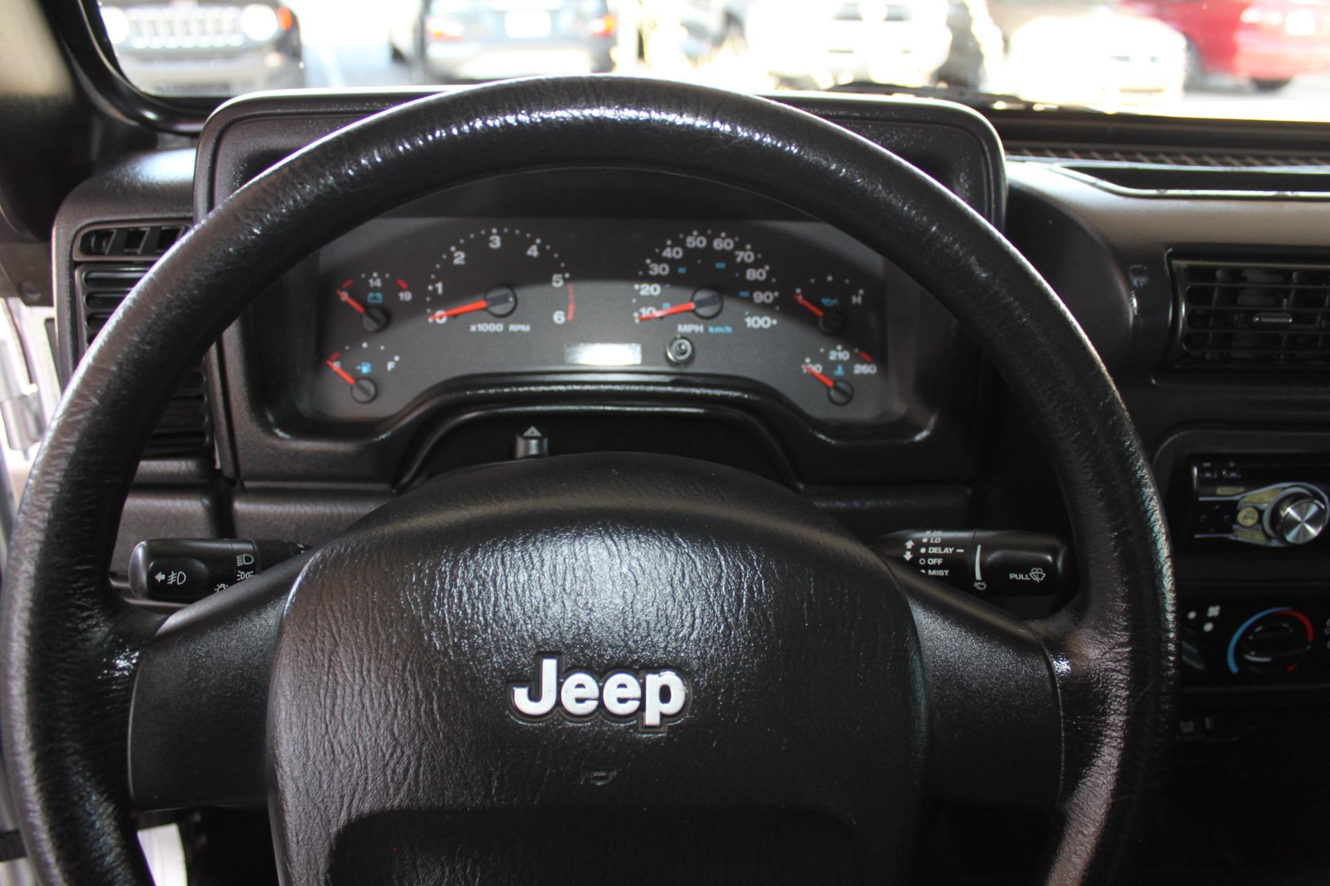 Used-2006-Jeep-Wrangler-Unlimited-LWB-vintage