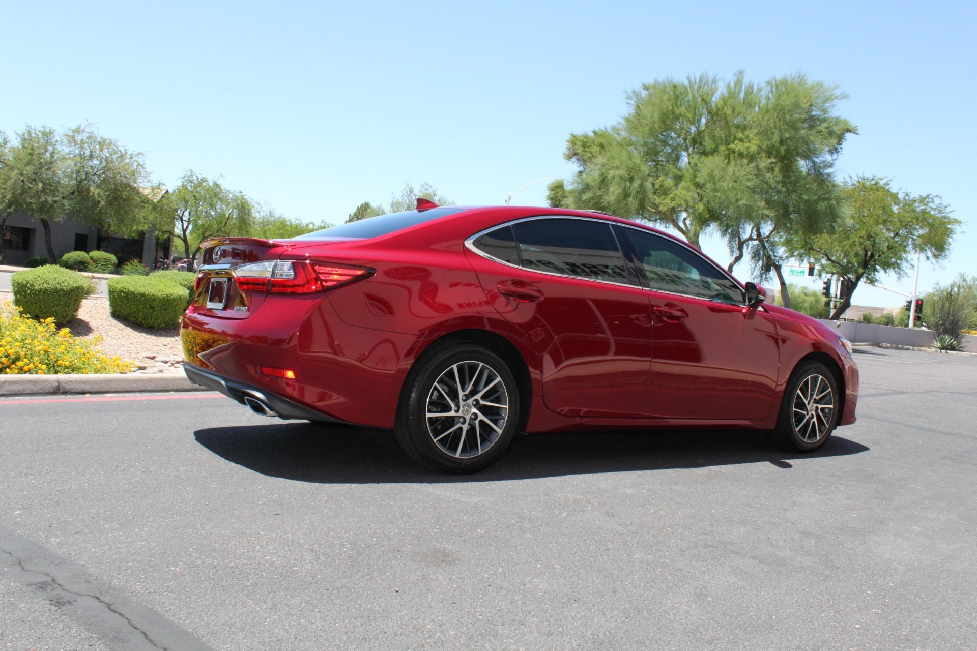 Used-2016-Lexus-ES-350-Ford