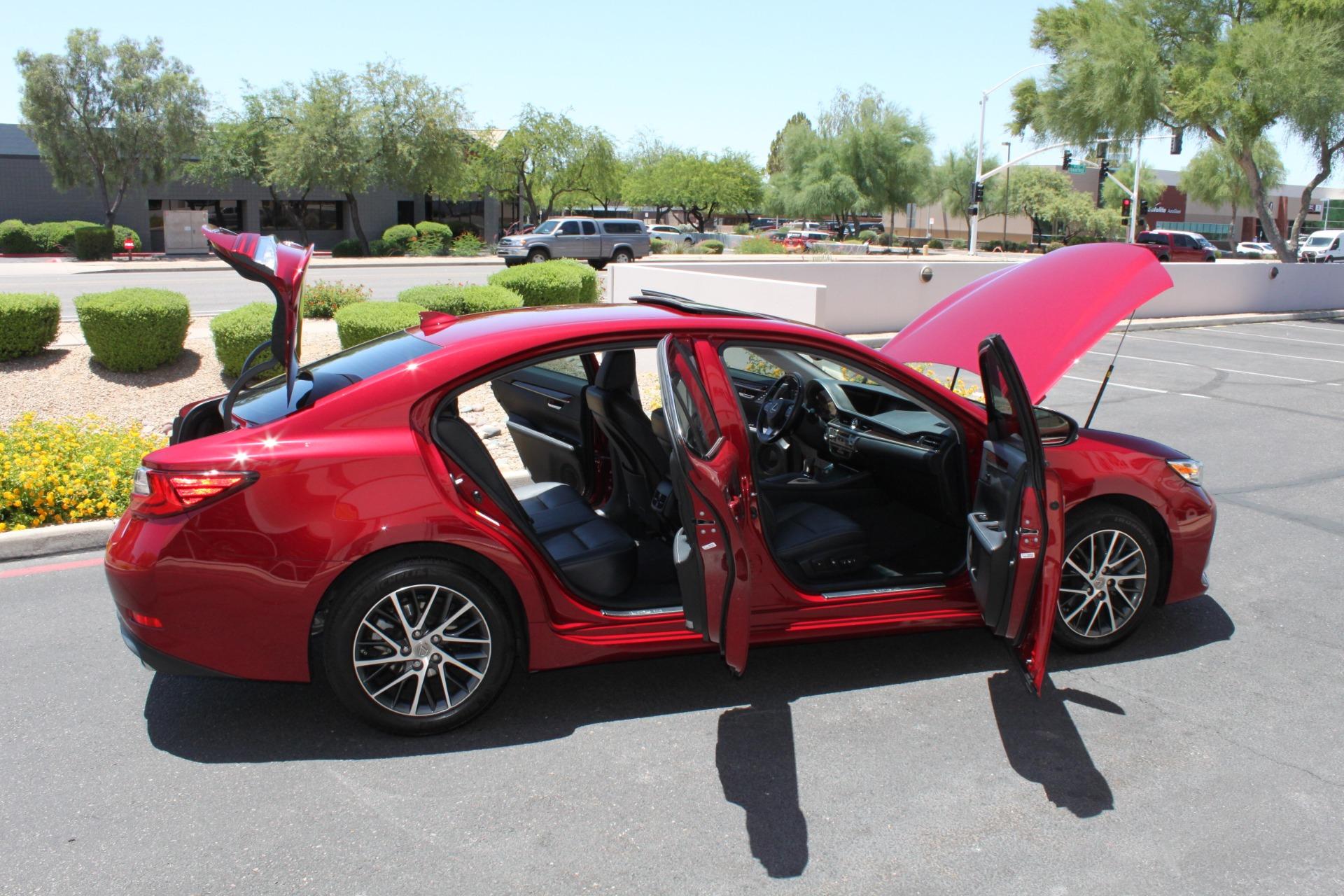 Used-2016-Lexus-ES-350-Ferrari