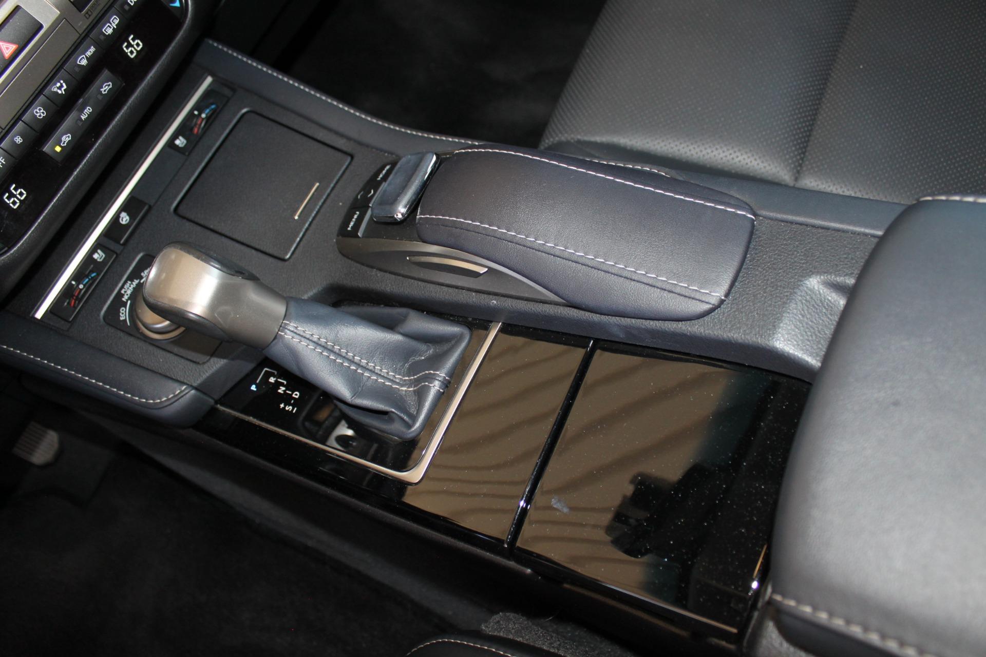 Used-2016-Lexus-ES-350-Grand-Cherokee