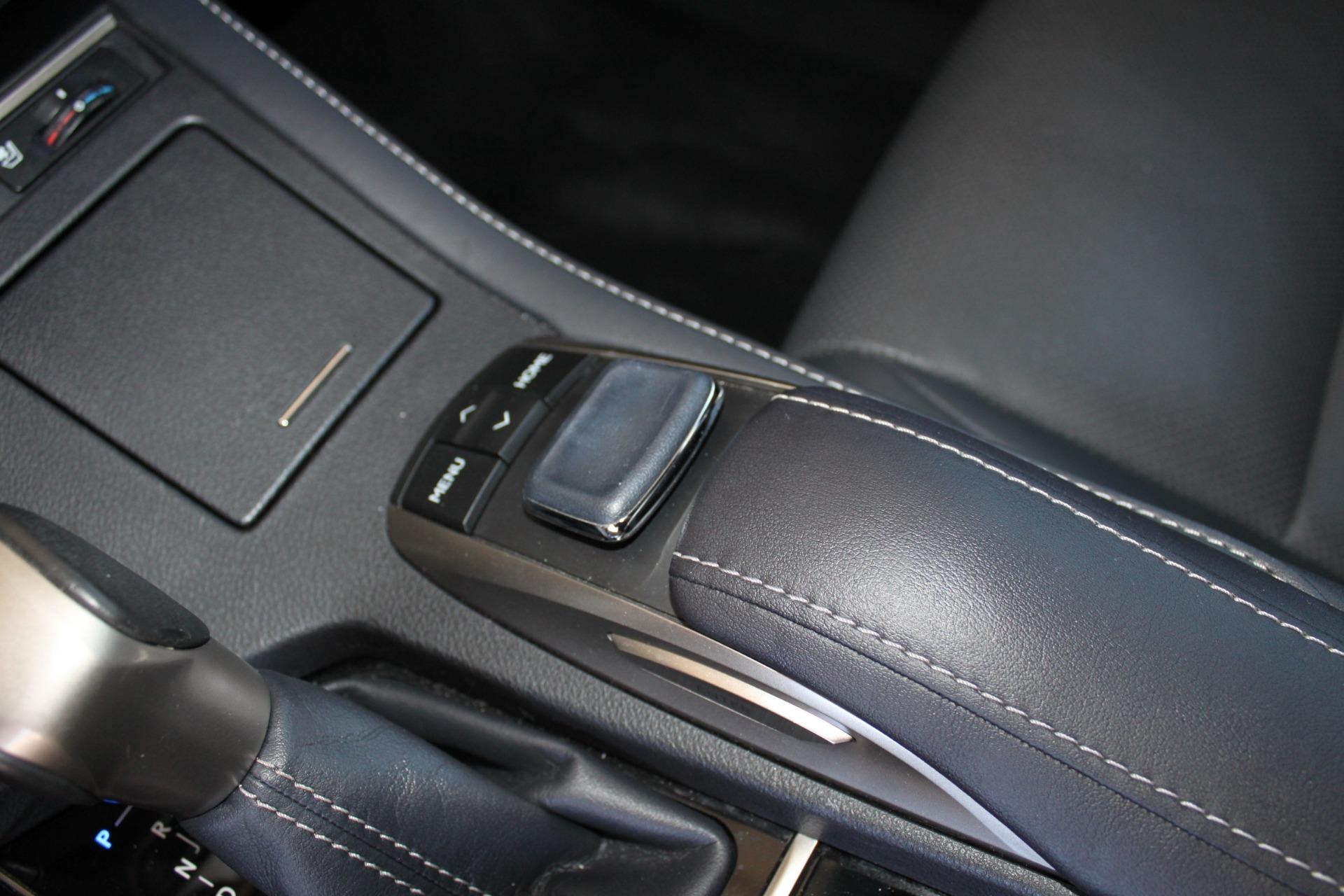 Used-2016-Lexus-ES-350-4X4