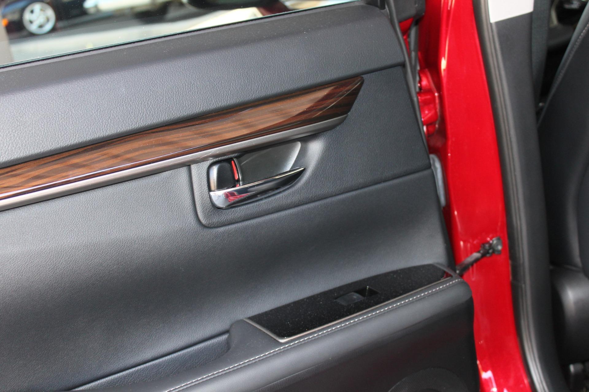 Used-2016-Lexus-ES-350-Fiat