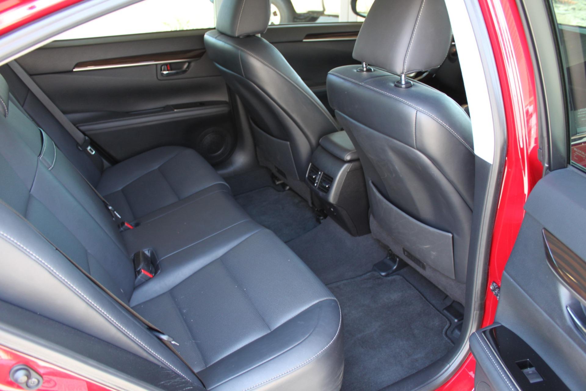 Used-2016-Lexus-ES-350-Land-Cruiser