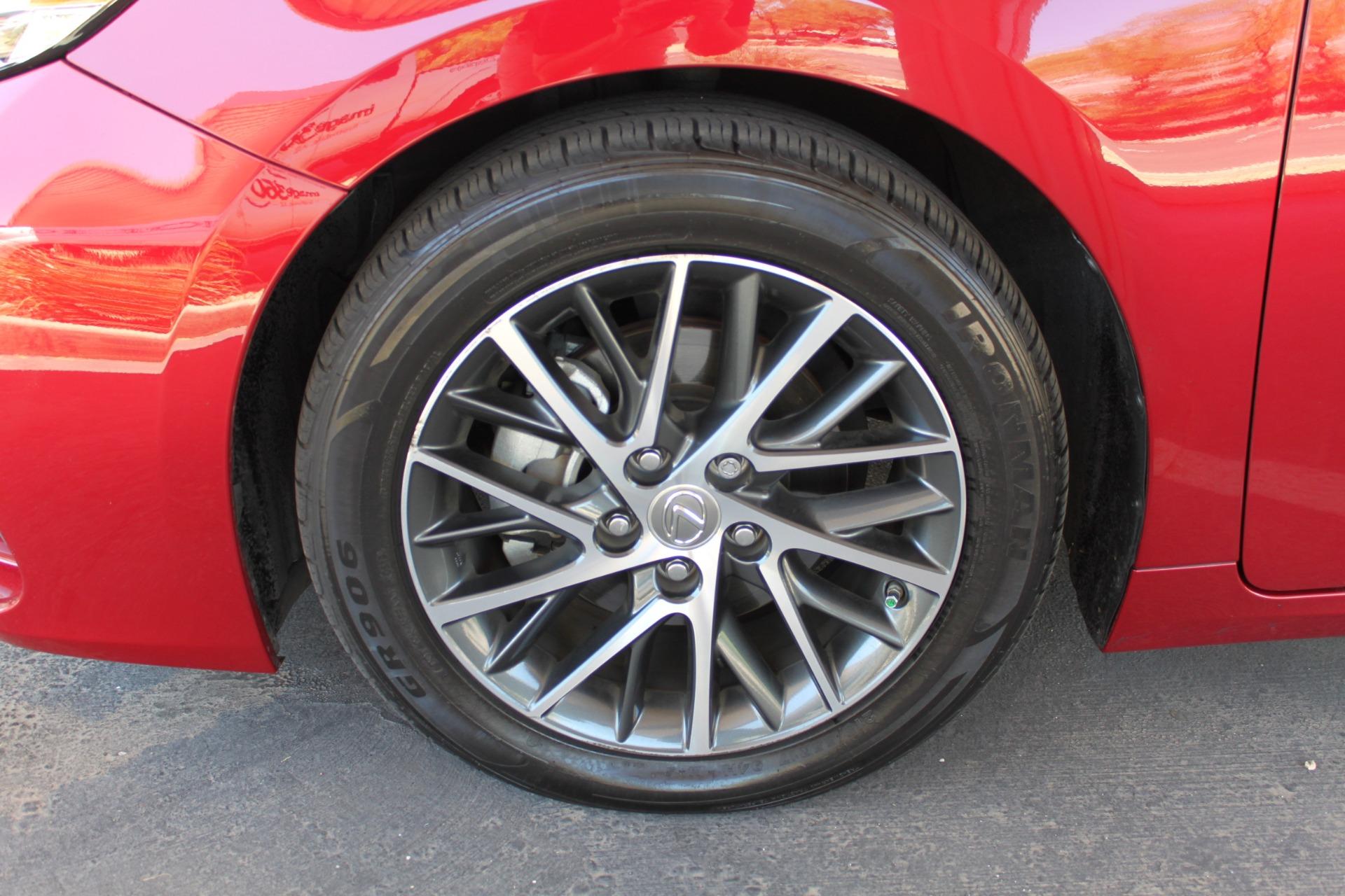 Used-2016-Lexus-ES-350-Lamborghini