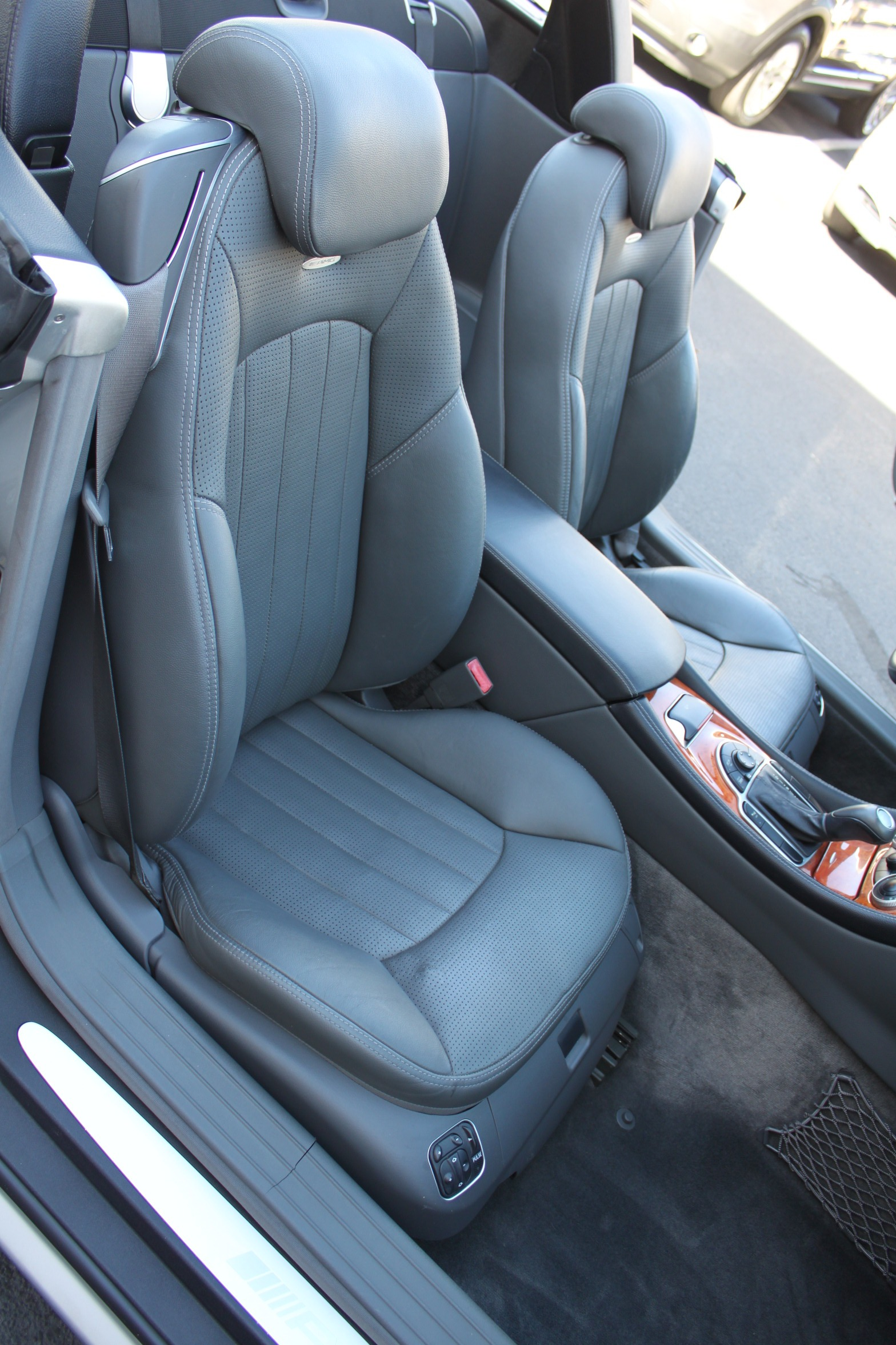 Used-2003-Mercedes-Benz-SL-Class-AMG-Grand-Cherokee