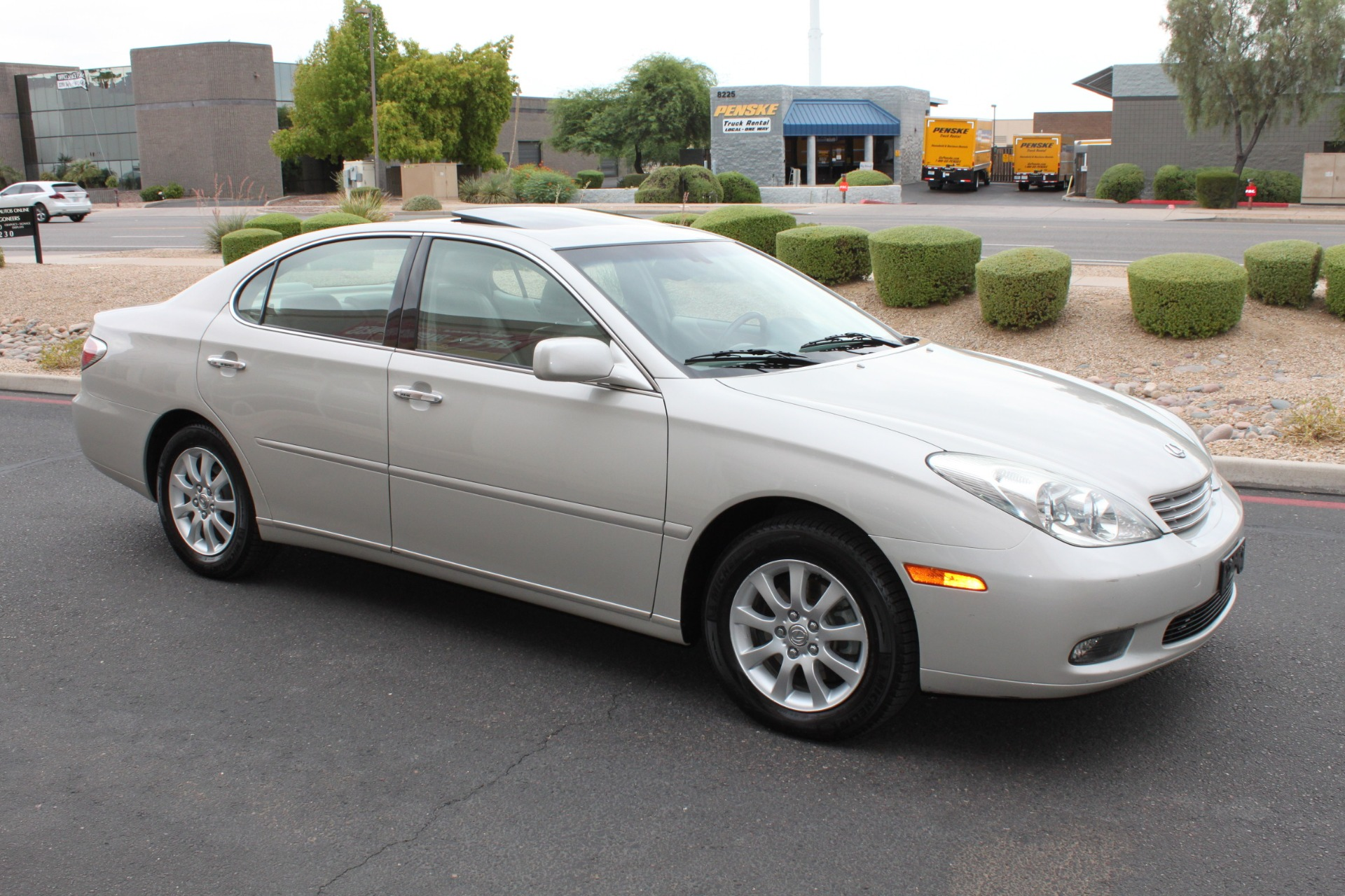 Used-2003-Lexus-ES-300-Mercedes-Benz