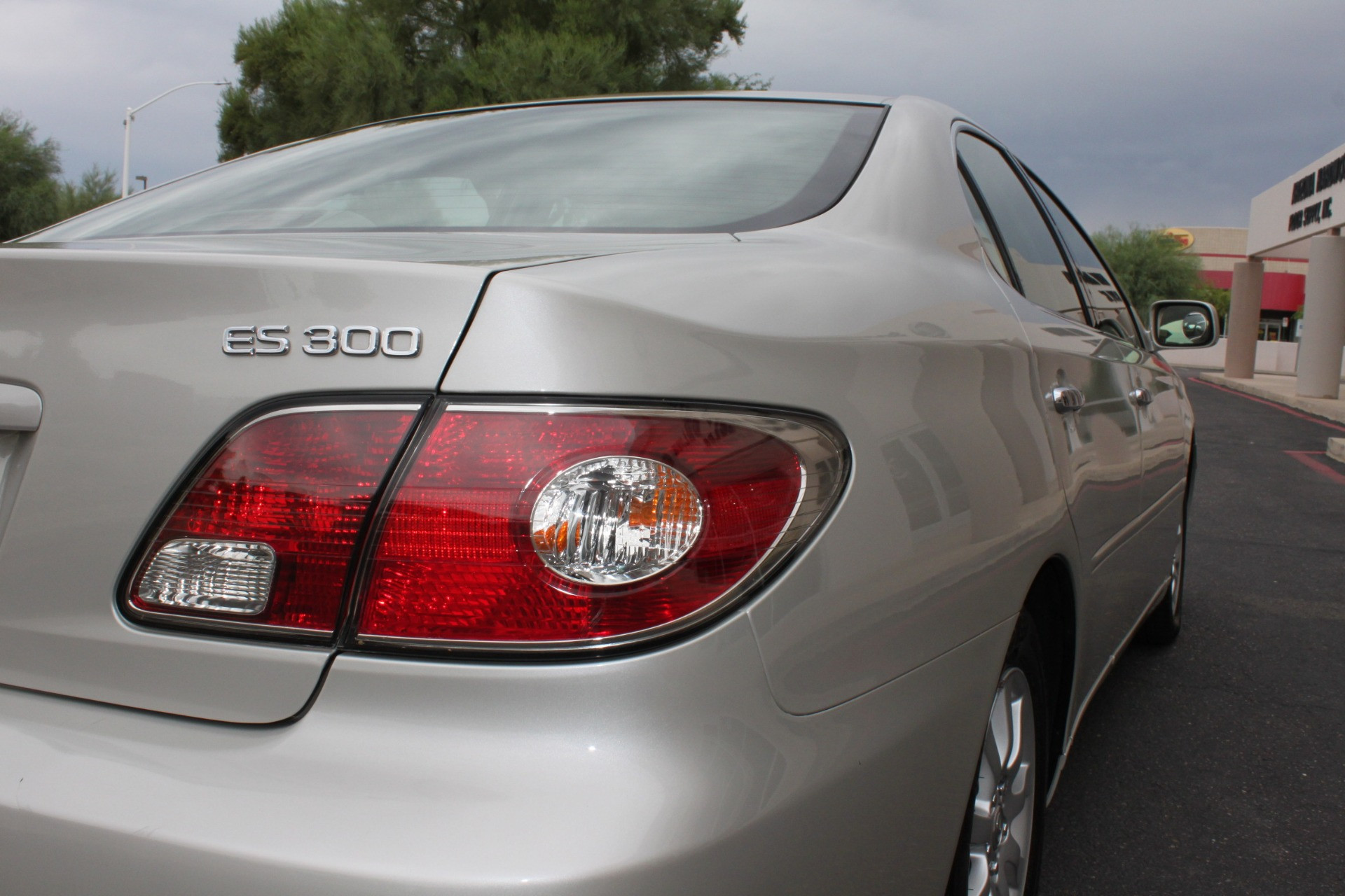 Used-2003-Lexus-ES-300-Dodge