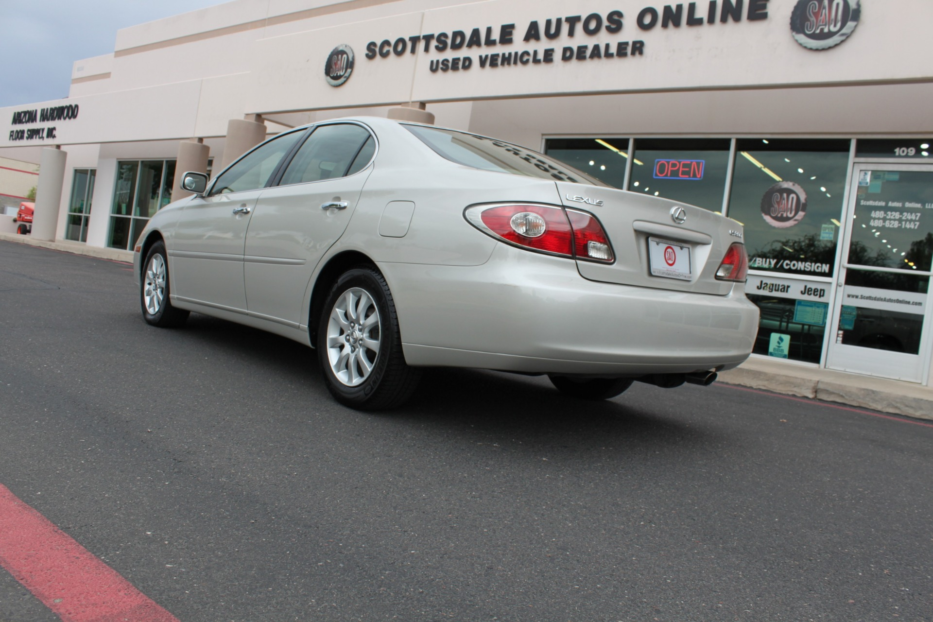 Used-2003-Lexus-ES-300-Mini