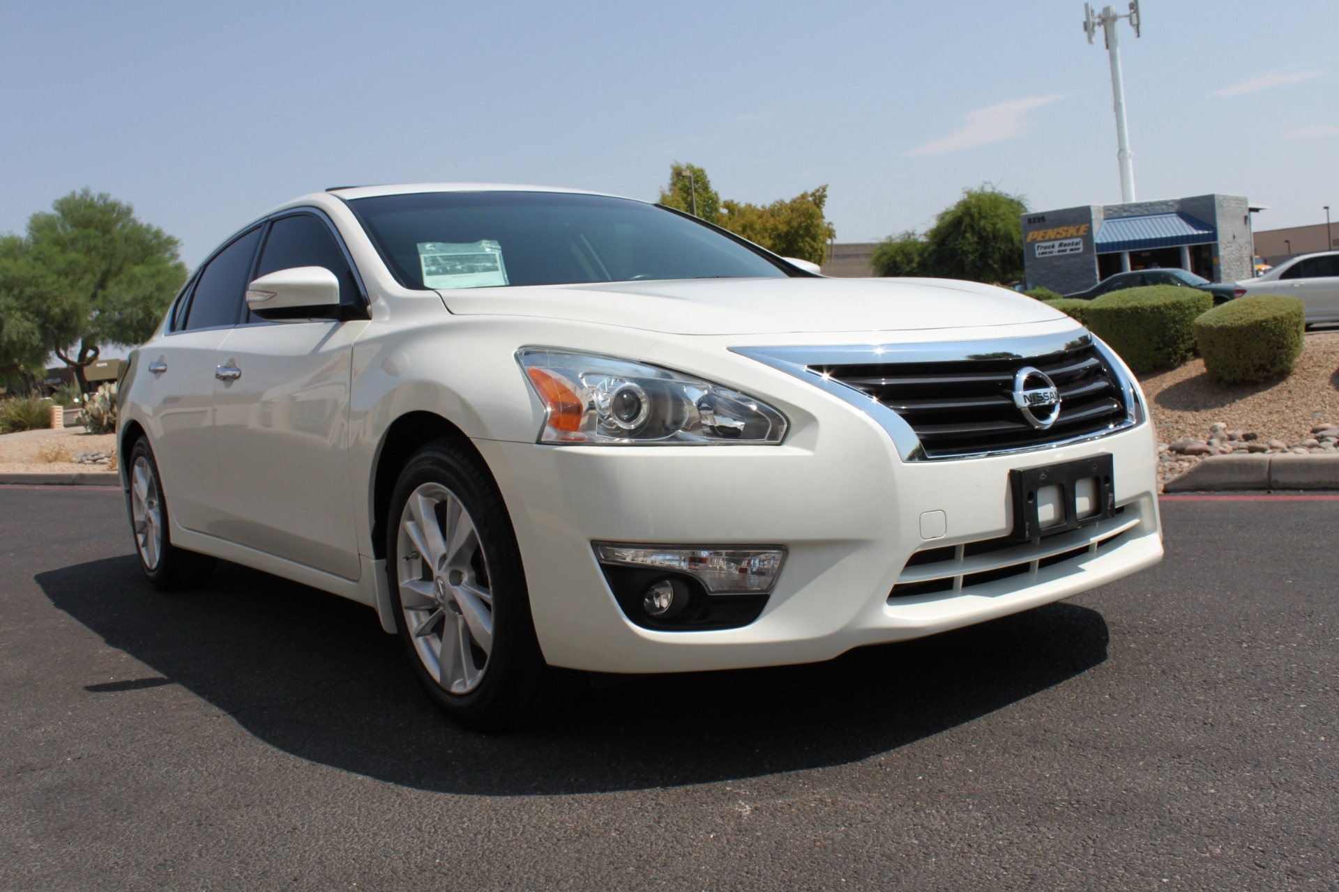 Used-2015-Nissan-Altima-25-SV-Mercedes-Benz