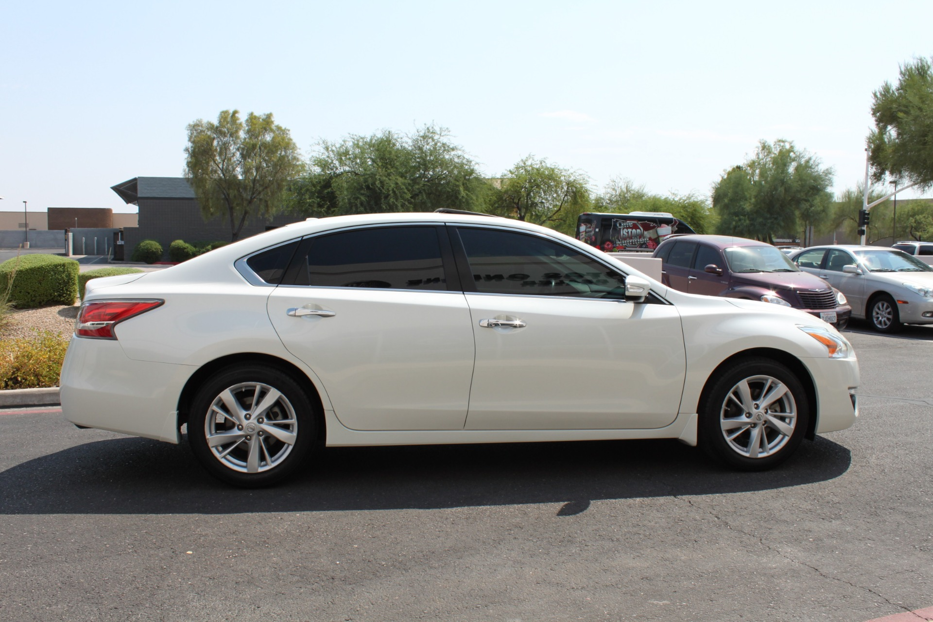 Used-2015-Nissan-Altima-25-SV-Chrysler
