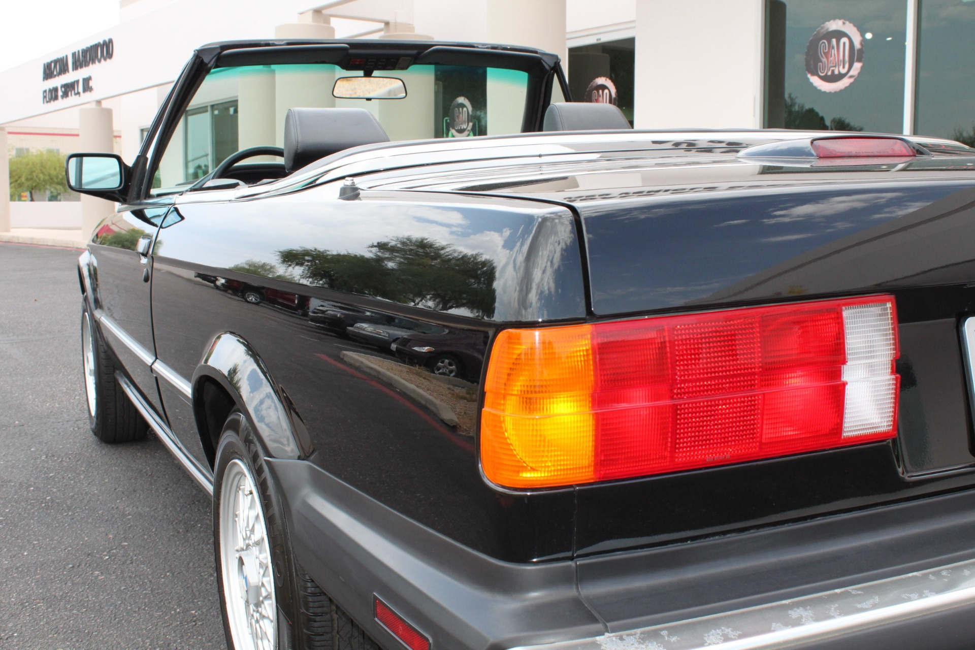 Used-1990-BMW-3-Series-325iC-Camaro