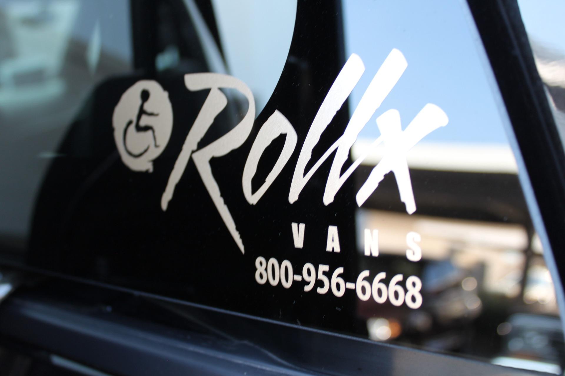 Used-2018-Dodge-Grand-Caravan-SXT-Rollx-Mobility-Conversion-Fiat